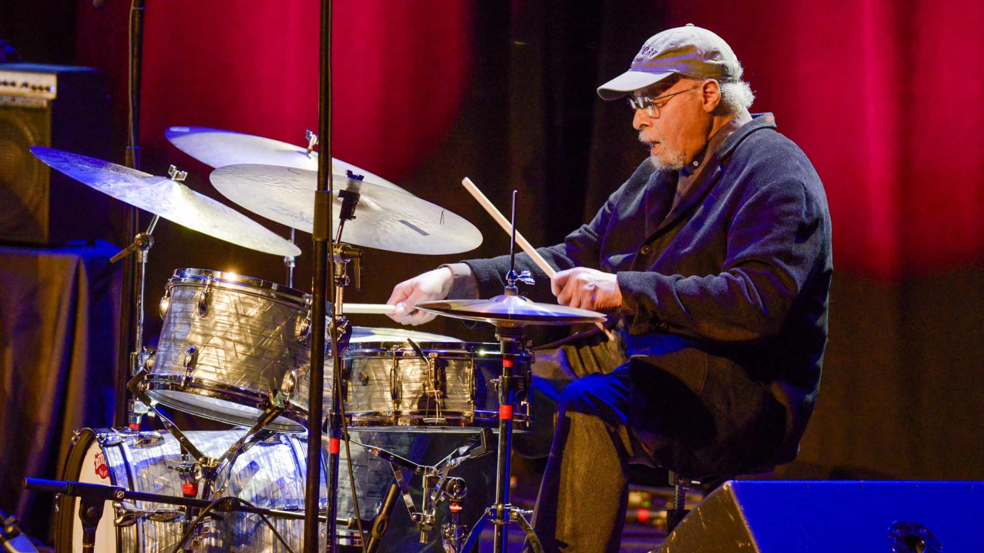 Jimmy Cobb, baterista do disco 'Kind of Blue', morre aos 91 anos