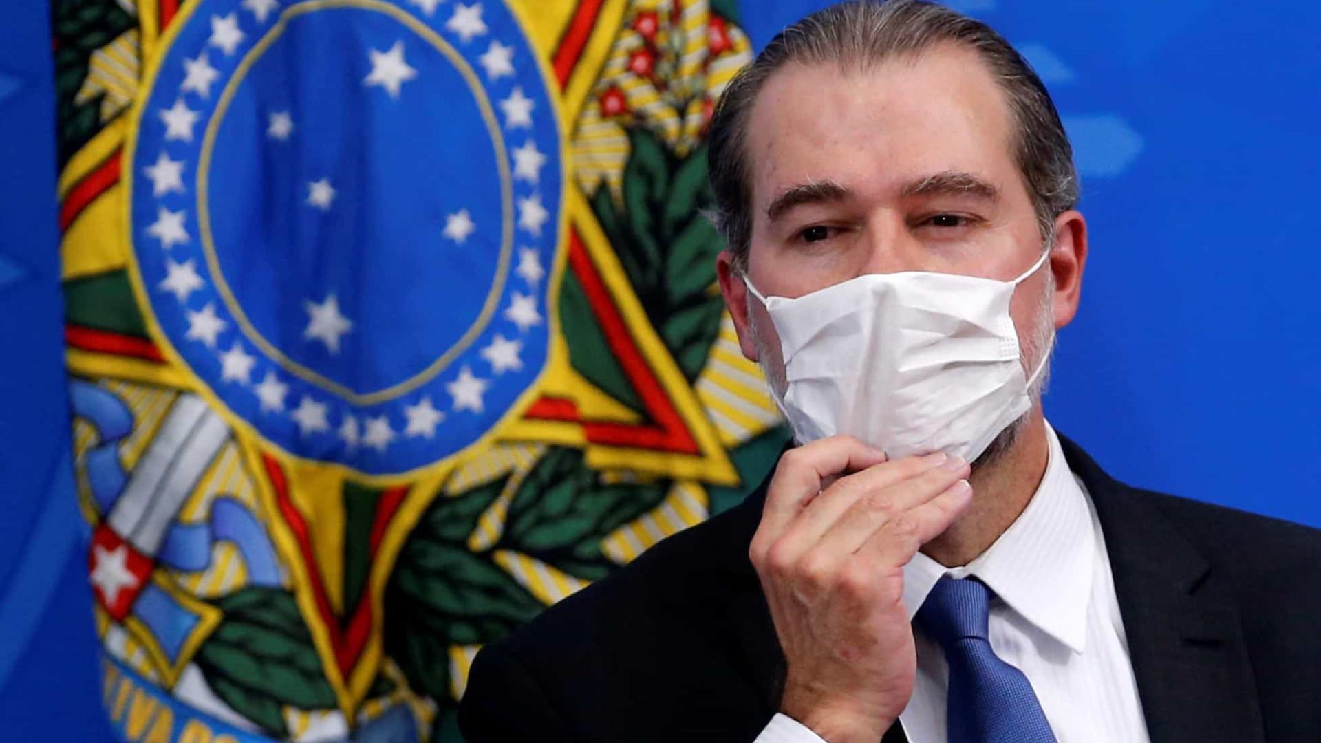 Toffoli diz que 'dubiedade' de Bolsonaro sobre democracia assusta