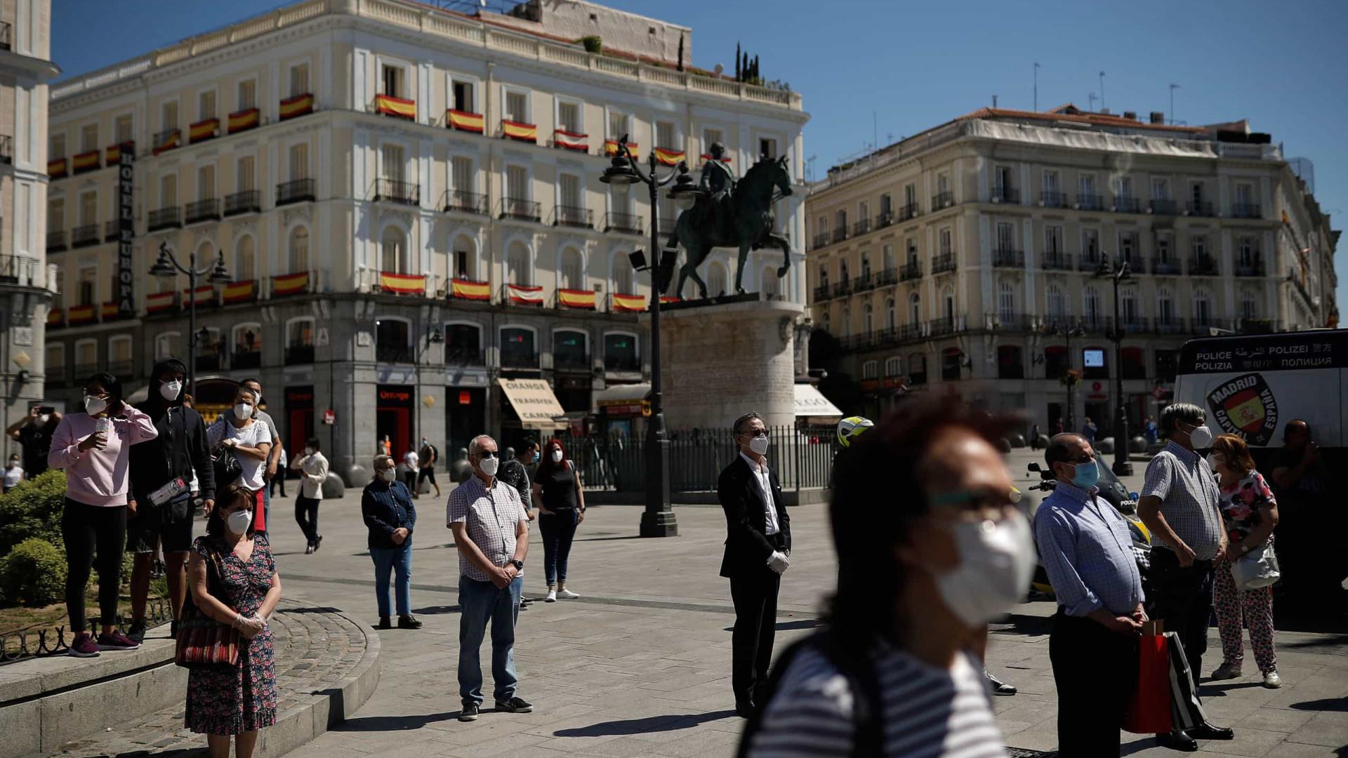 Covid-19: Espanha inicia luto oficial em memória de 27.117 mortos