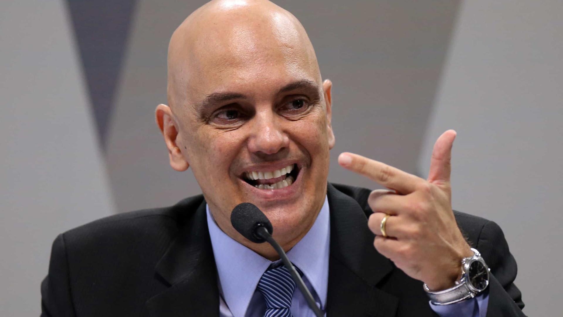 Rachadinha é 'clara e ostensiva' corrupção, diz Moraes ao condenar ex-vereadora
