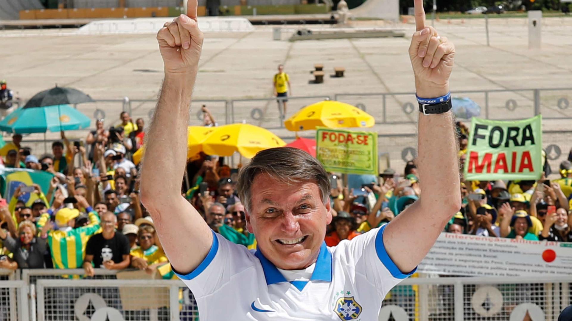 Bolsonaro: manifestantes contrários são idiotas, marginais e viciados
