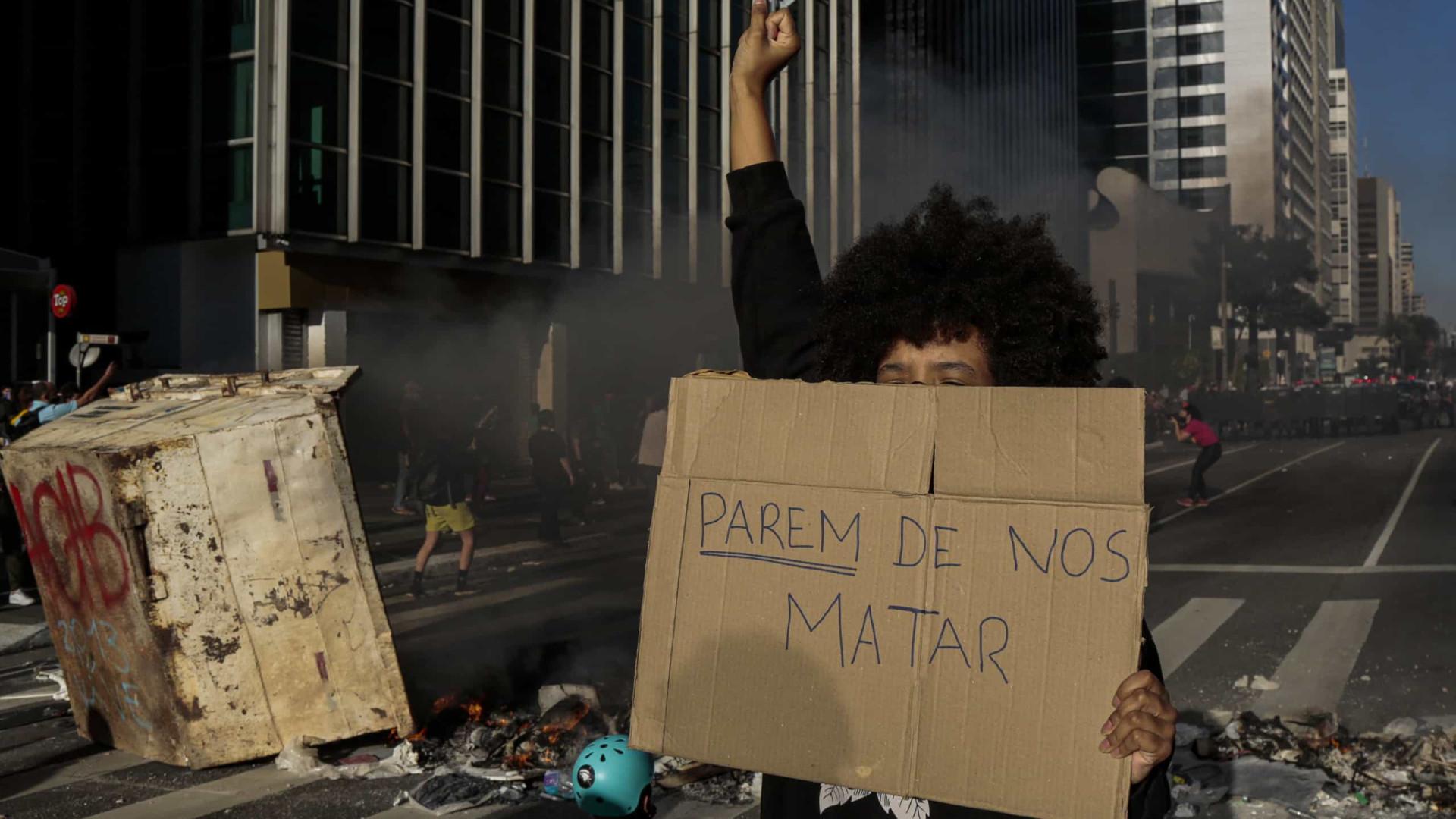 Tensão nas ruas e crise com STF agitam militares