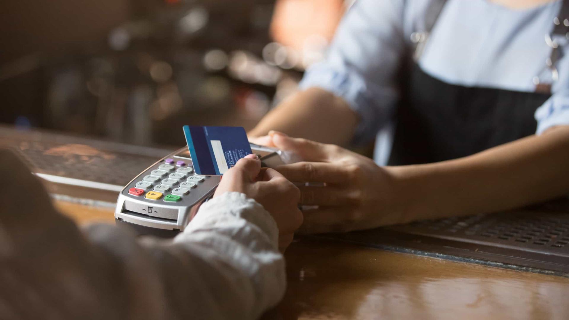 Setor de maquininhas reduz crédito ao varejo e teme inadimplência