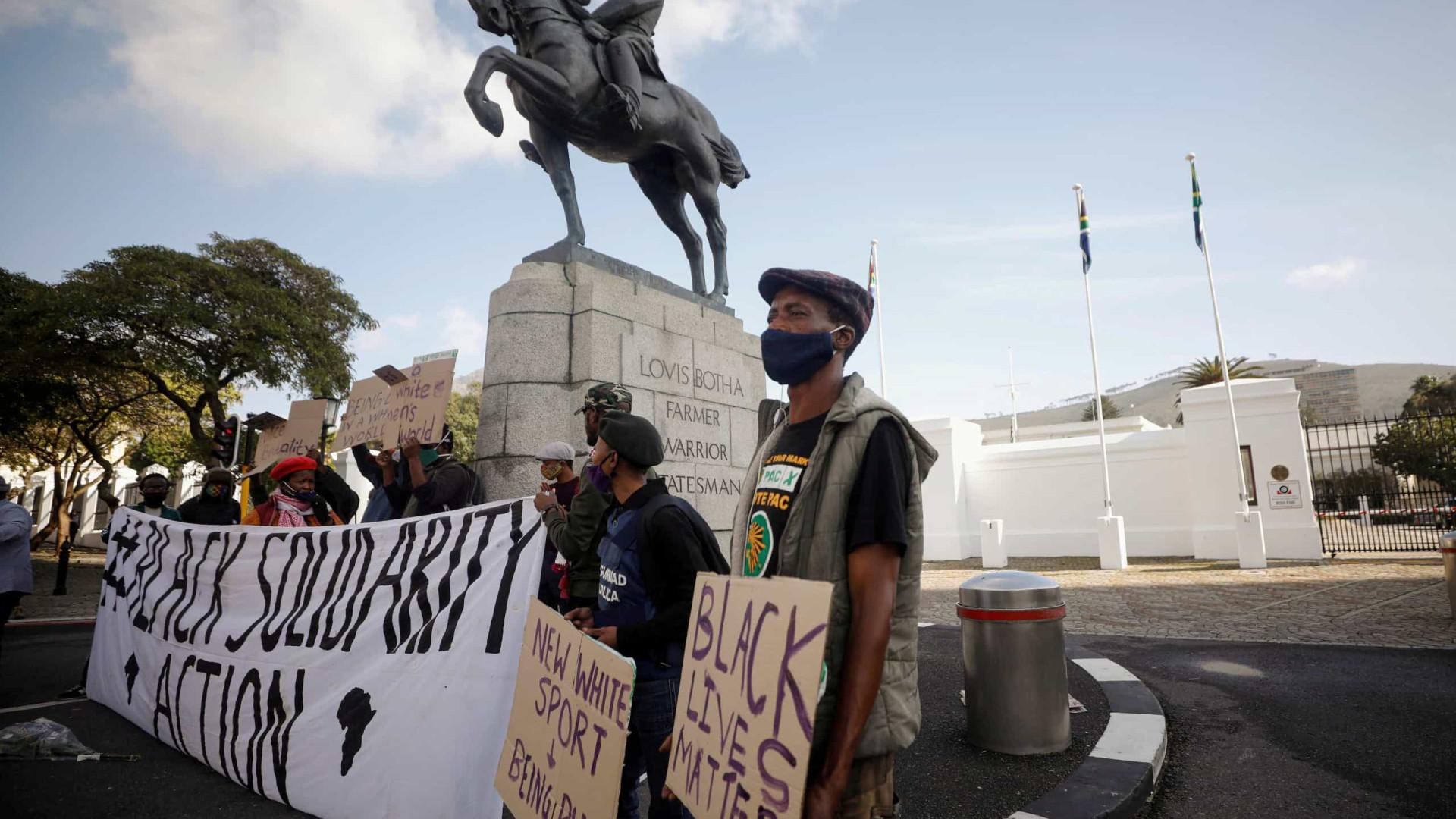 África do Sul prepara 'sexta-feira negra' em resposta ao racismo