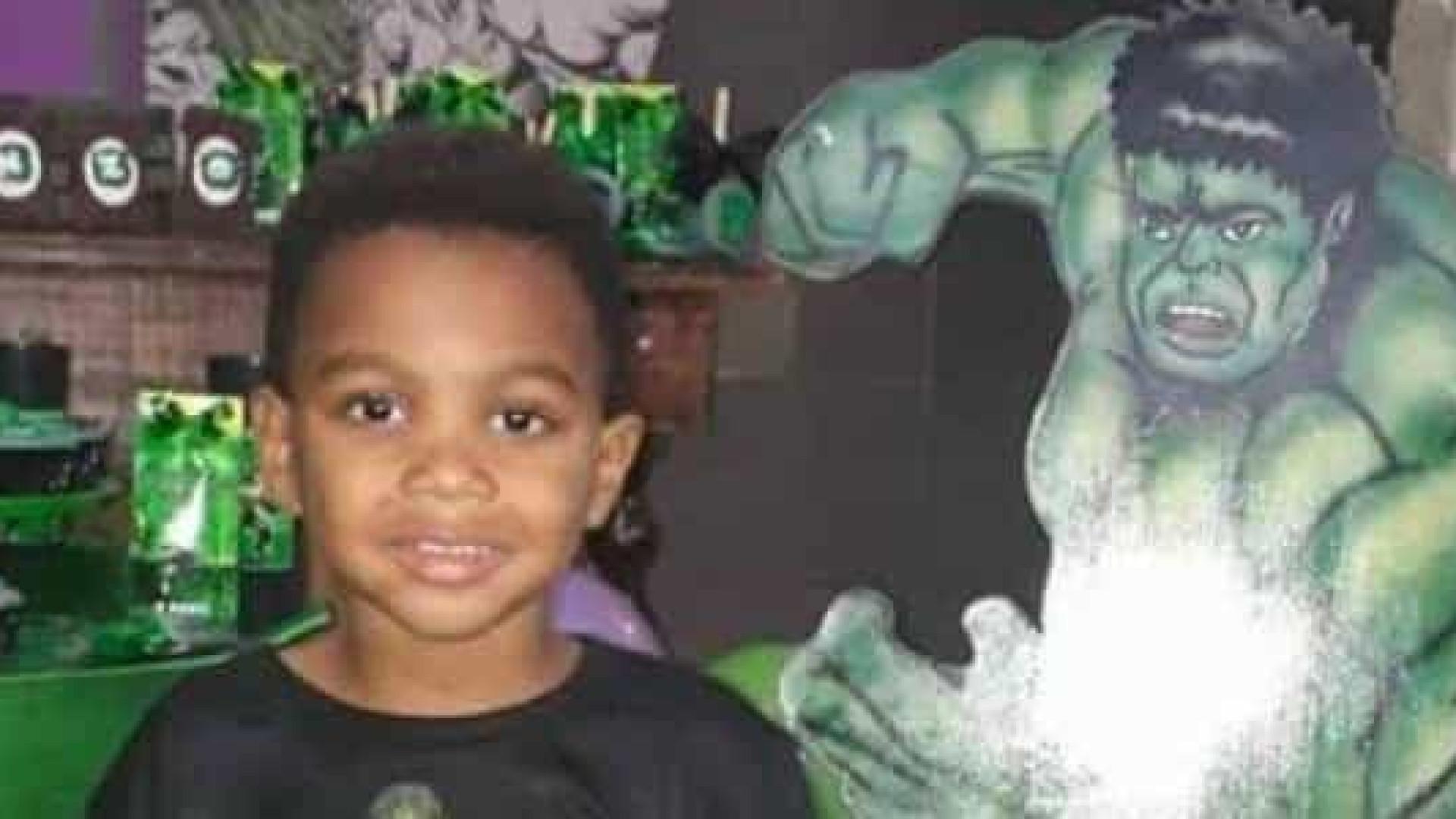 Menino de 4 anos morto a tiro na festa de aniversário no Rio