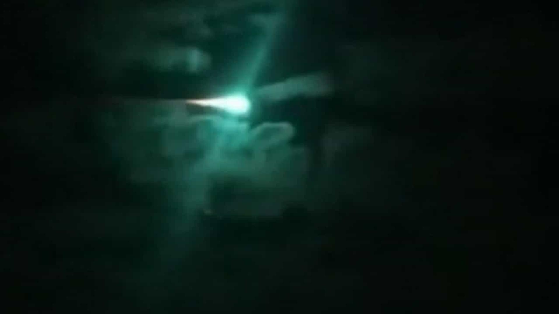 Curioso asteroide iluminou de verde o céu da Austrália