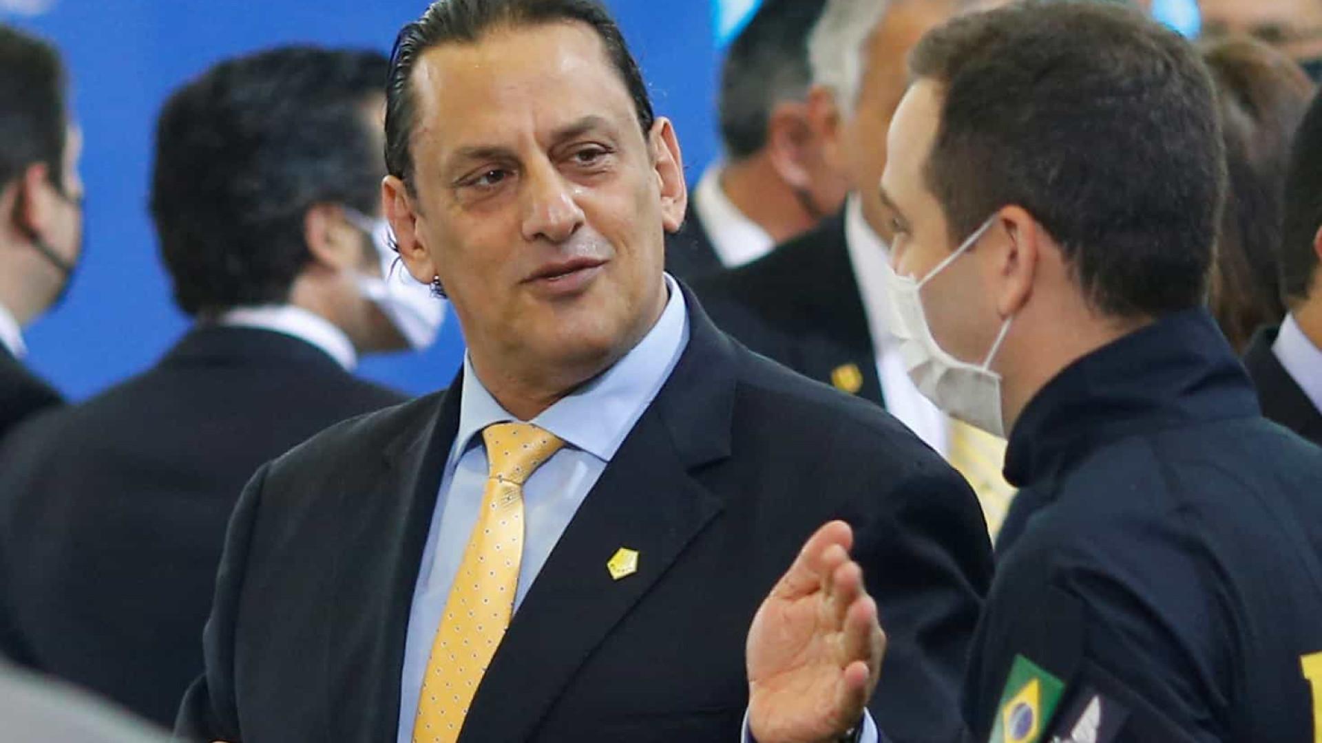 Lava Jato do Rio denuncia Wassef e mais 4 por desvios de R$ 4,6 mi no Sistema S