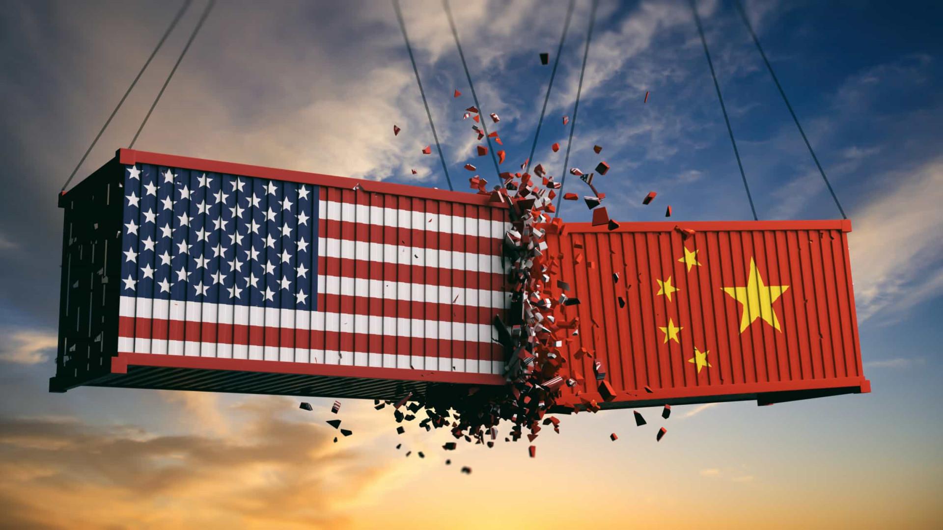 Embaixadores de China e EUA no Brasil trocam farpas em rede social
