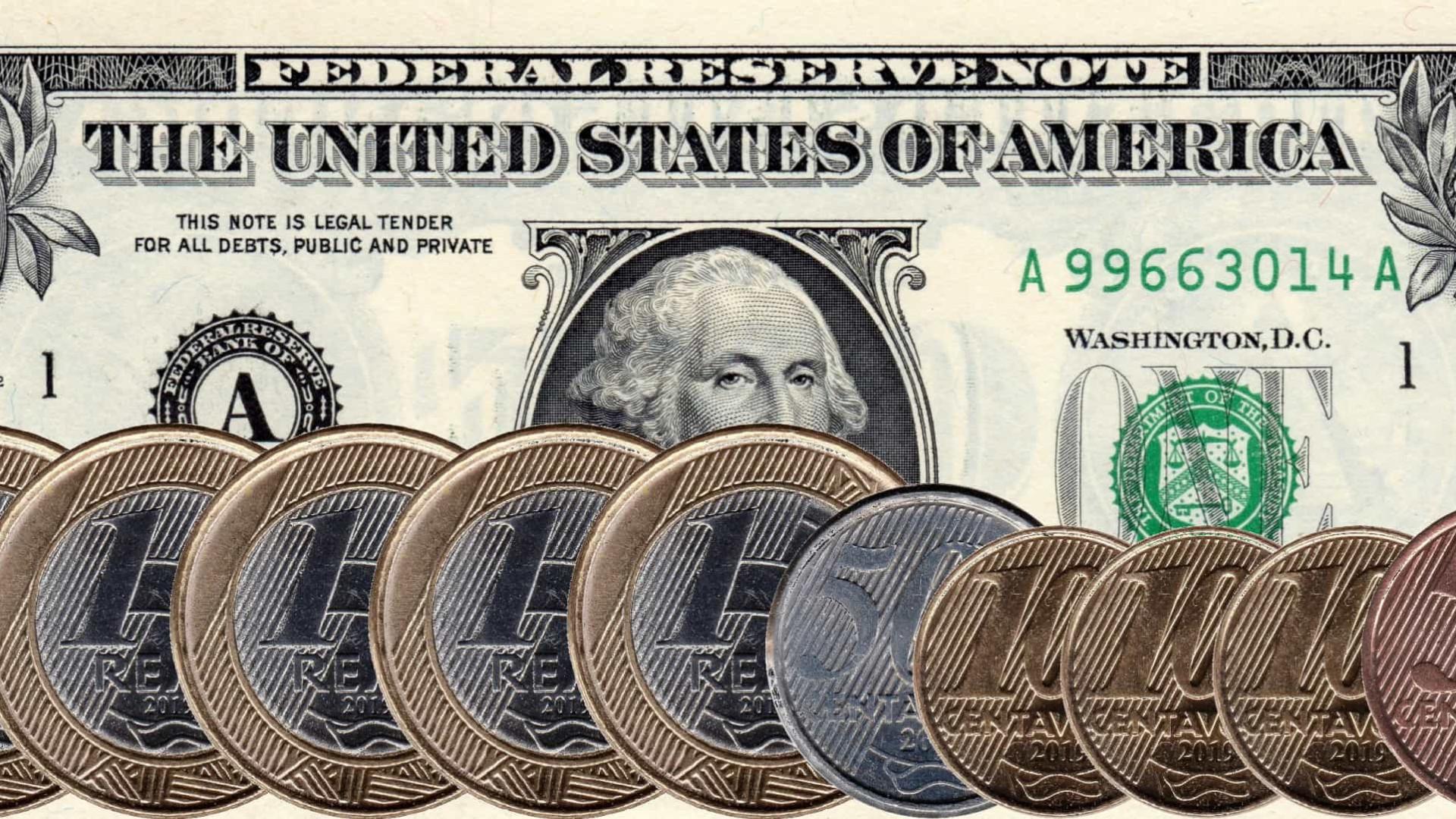 Dólar fecha a R$ 5,5150, maior valor desde abril, e Bolsa estaciona
