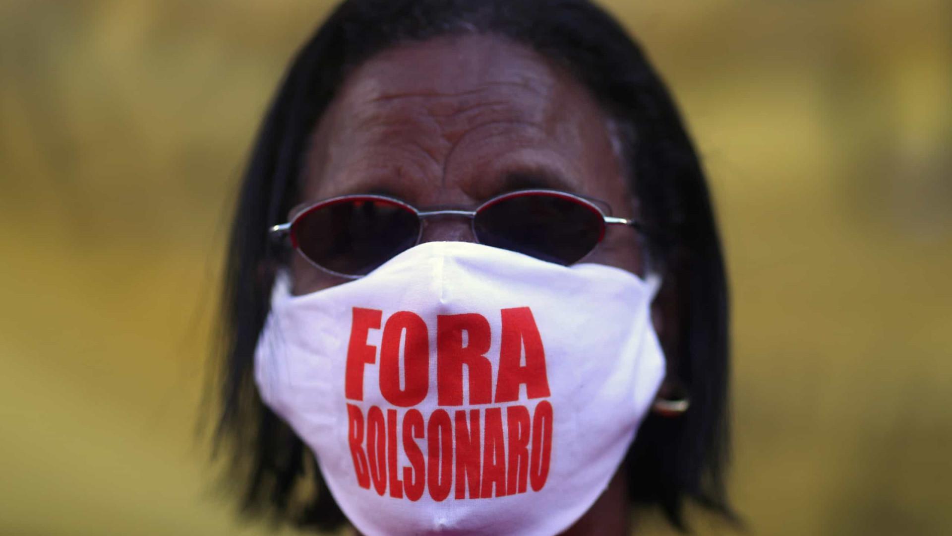 Grupos protestam pelo Brasil e pedem impeachment de Bolsonaro