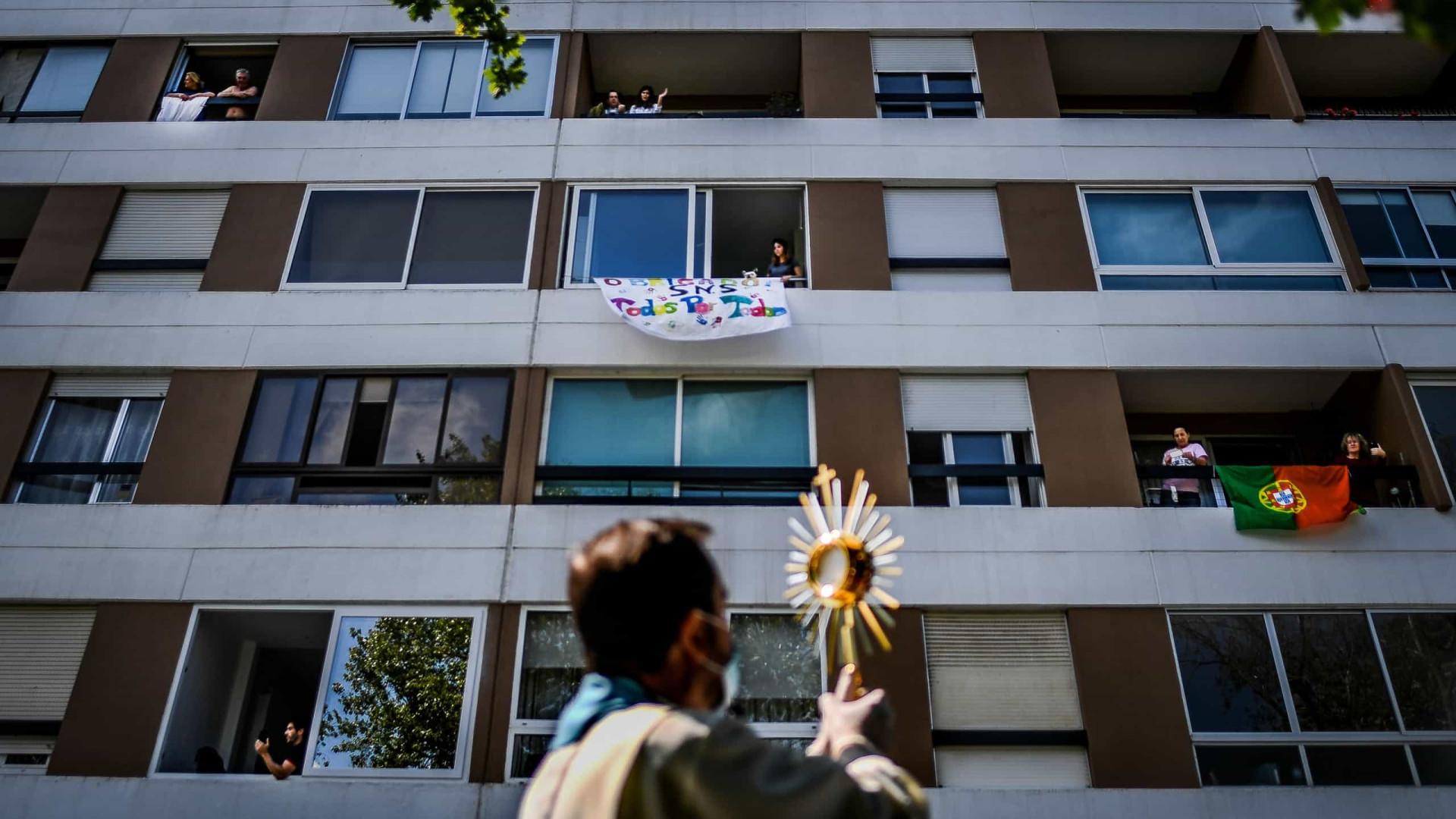 Com hospitais sob pressão, Portugal impõe uso obrigatório de máscara nas ruas