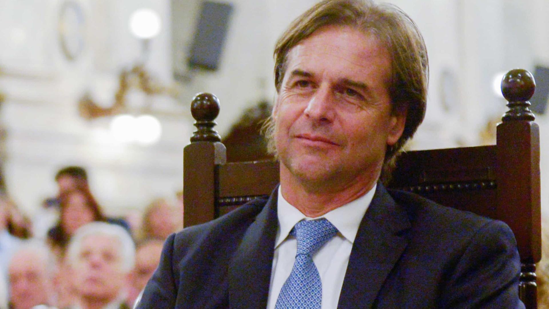 Presidente do Uruguai diz que vai se vacinar 'com a vacina que houver'
