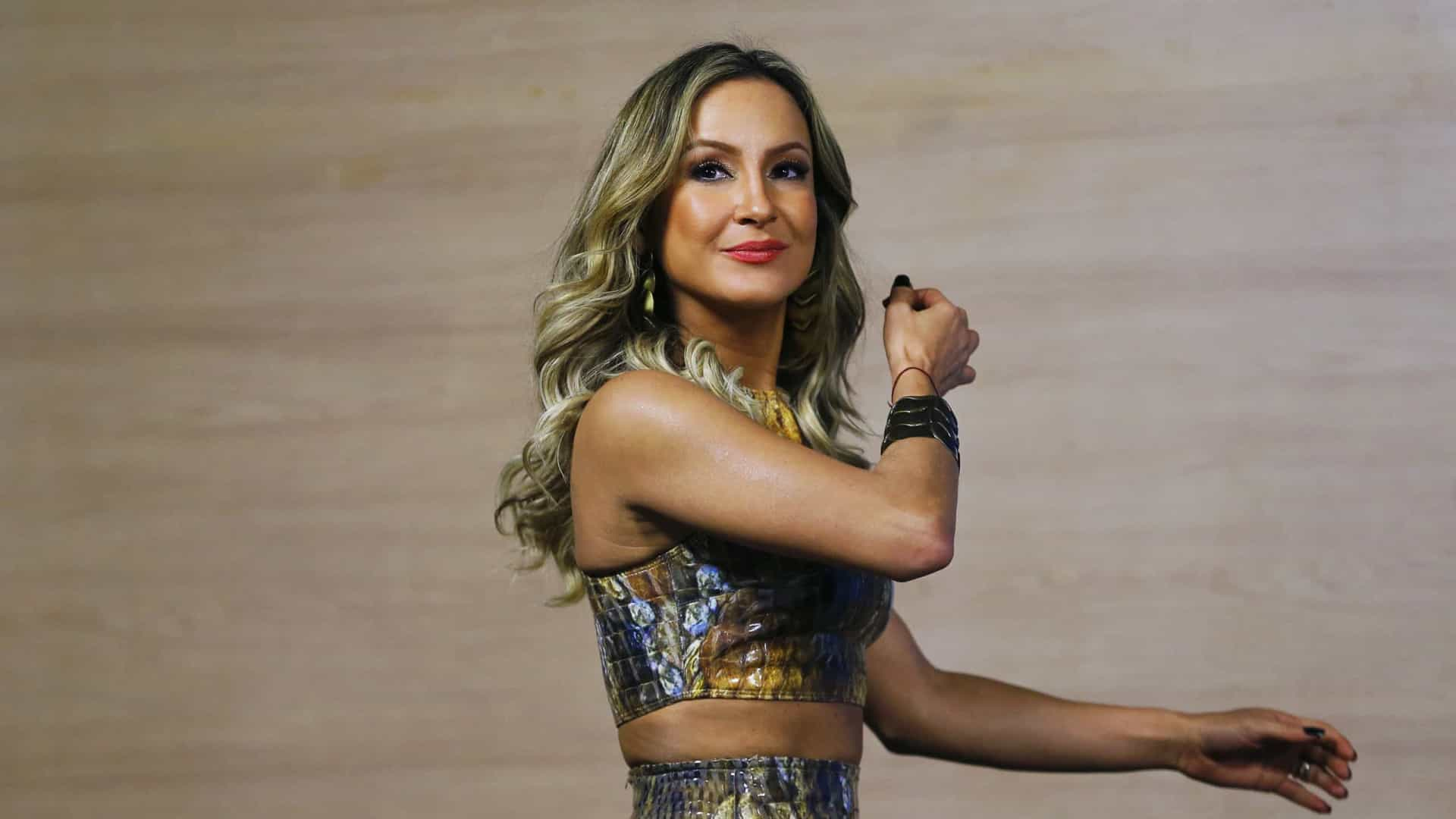 Claudia Leitte acredita que candidatos do The Voice+ vão 'dar aula' para os jurados