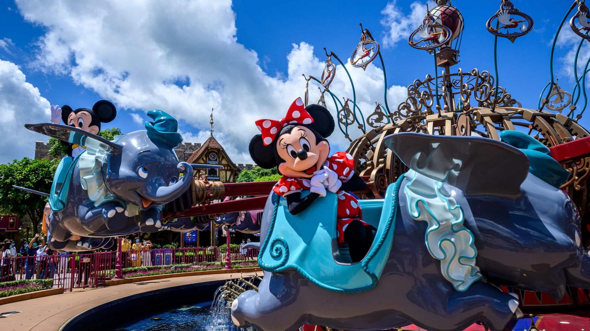 Um mês depois, Disney de Hong Kong volta a fechar