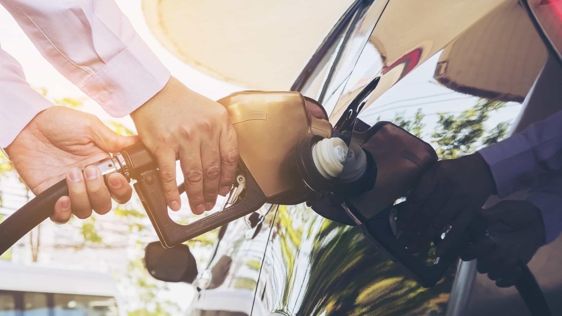 Consumidor já paga mais de R$ 7 por gasolina, diz ANP