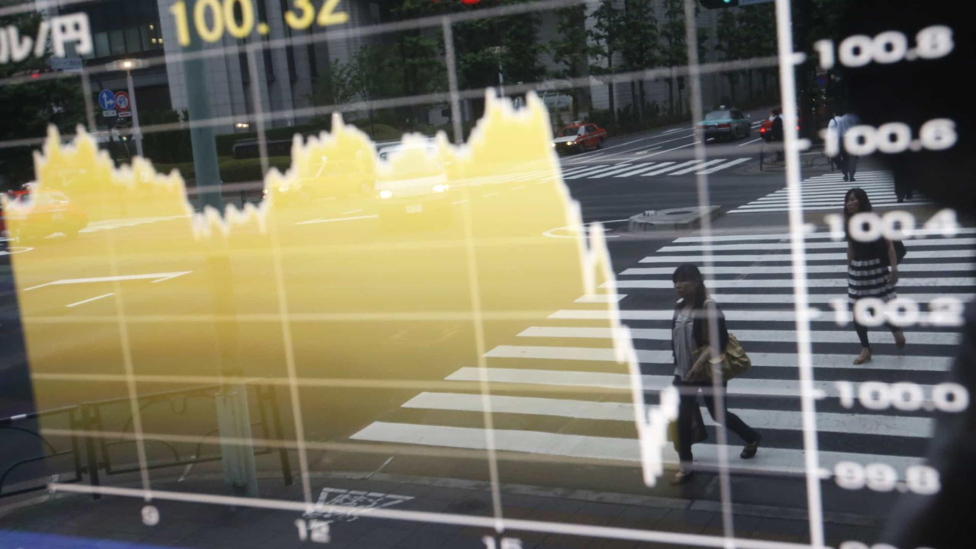 Bolsa sobe e dólar cai após eleições no Congresso