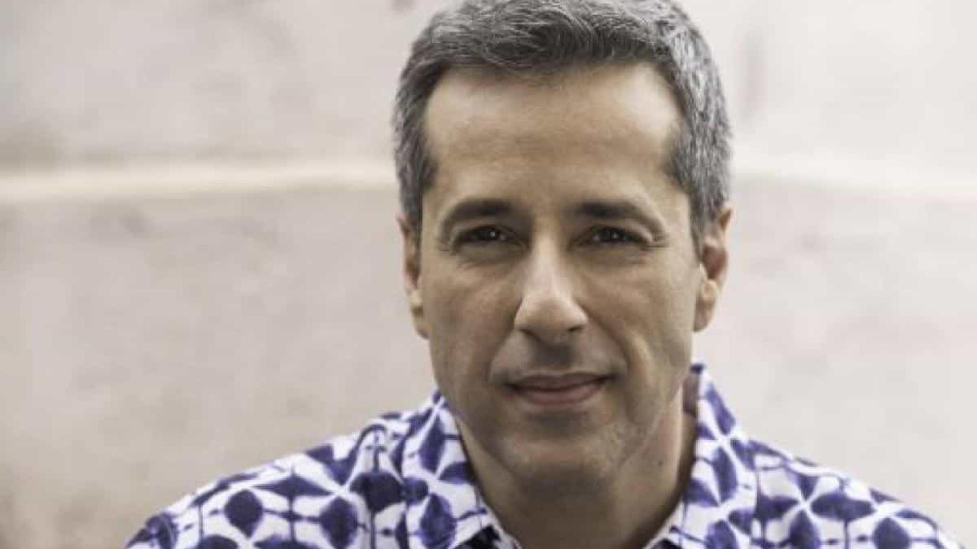Otávio Martins, de 'Poliana', se desculpa com fã após grosseria