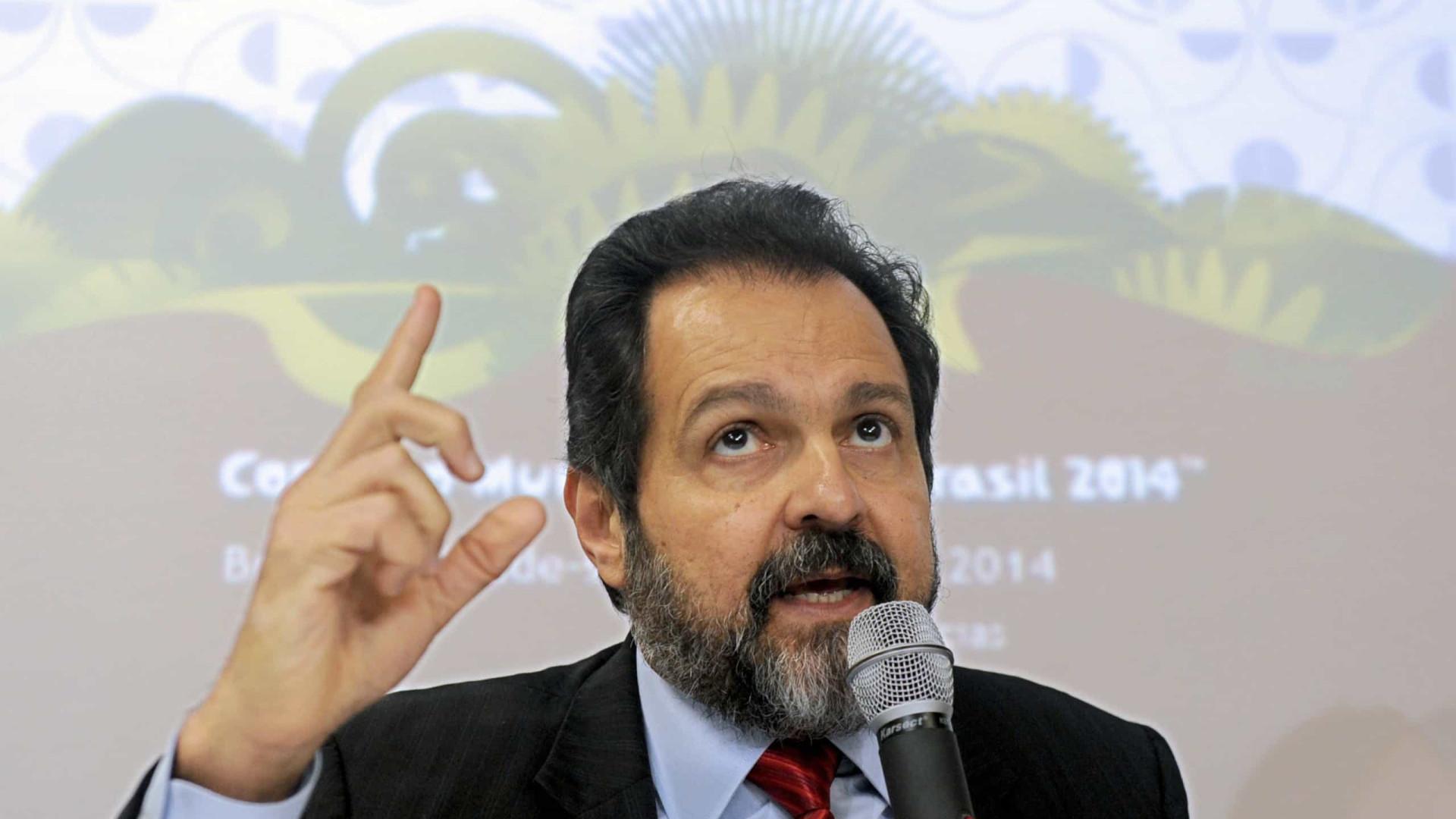 Agnelo Queiroz é alvo de buscas em operação sobre propinas na Saúde