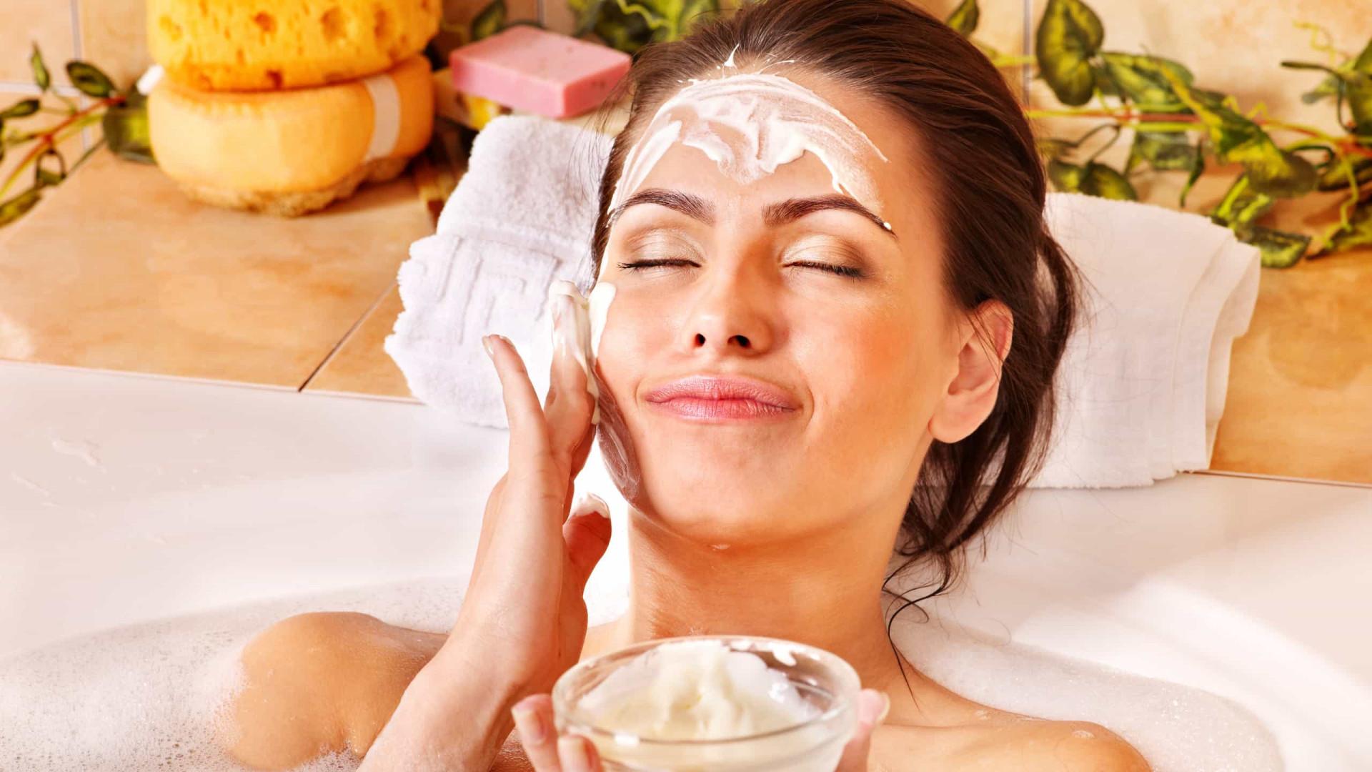 Máscara facial nutritiva para o rosto. Experimente esta receita caseira