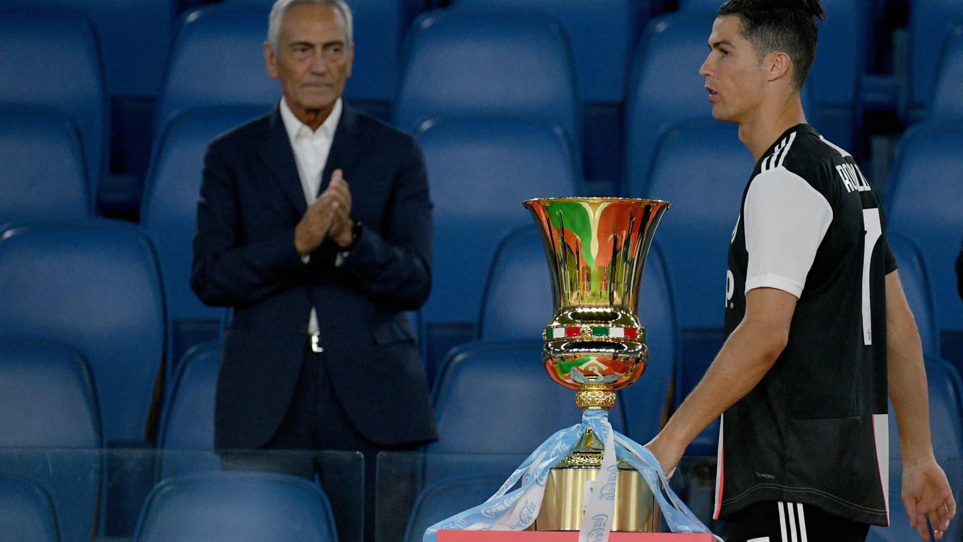 Juventus vence e é campeã italiana pela nona vez seguida