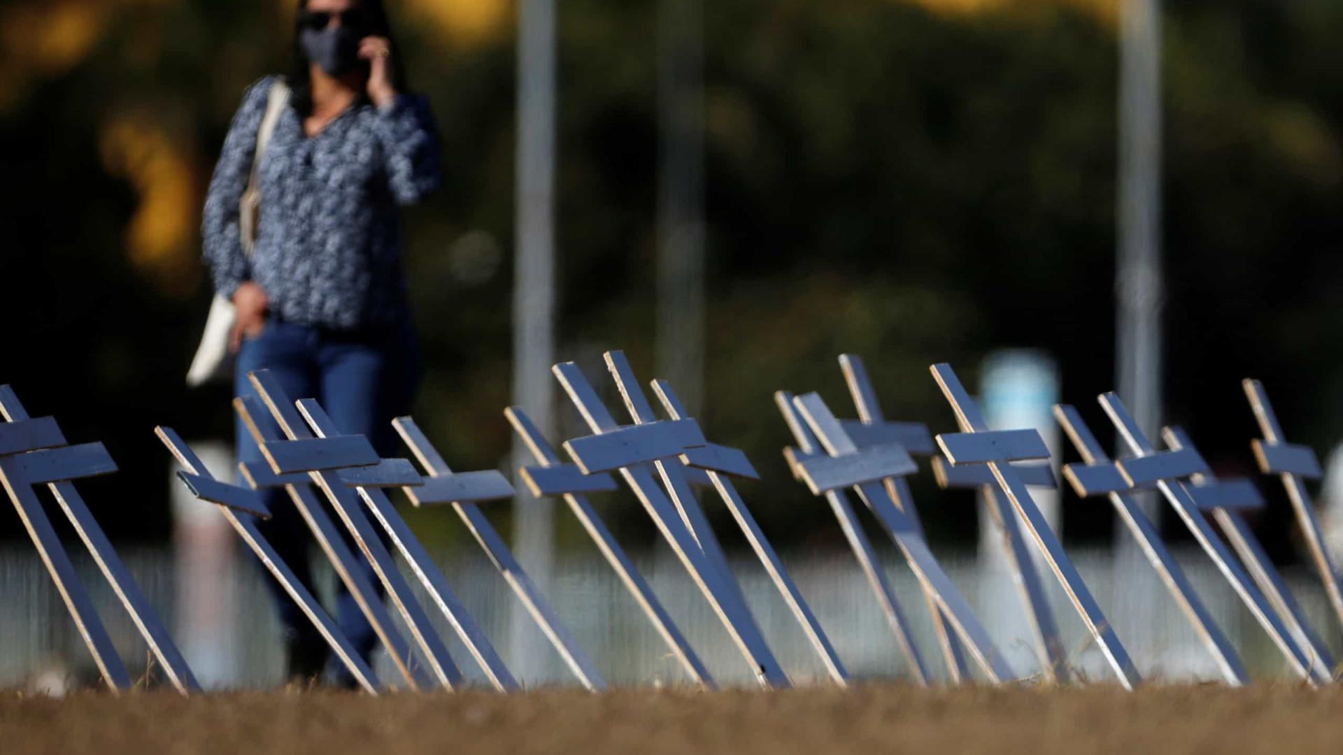 Mortes com pandemia comprometem PIB, diz FGV