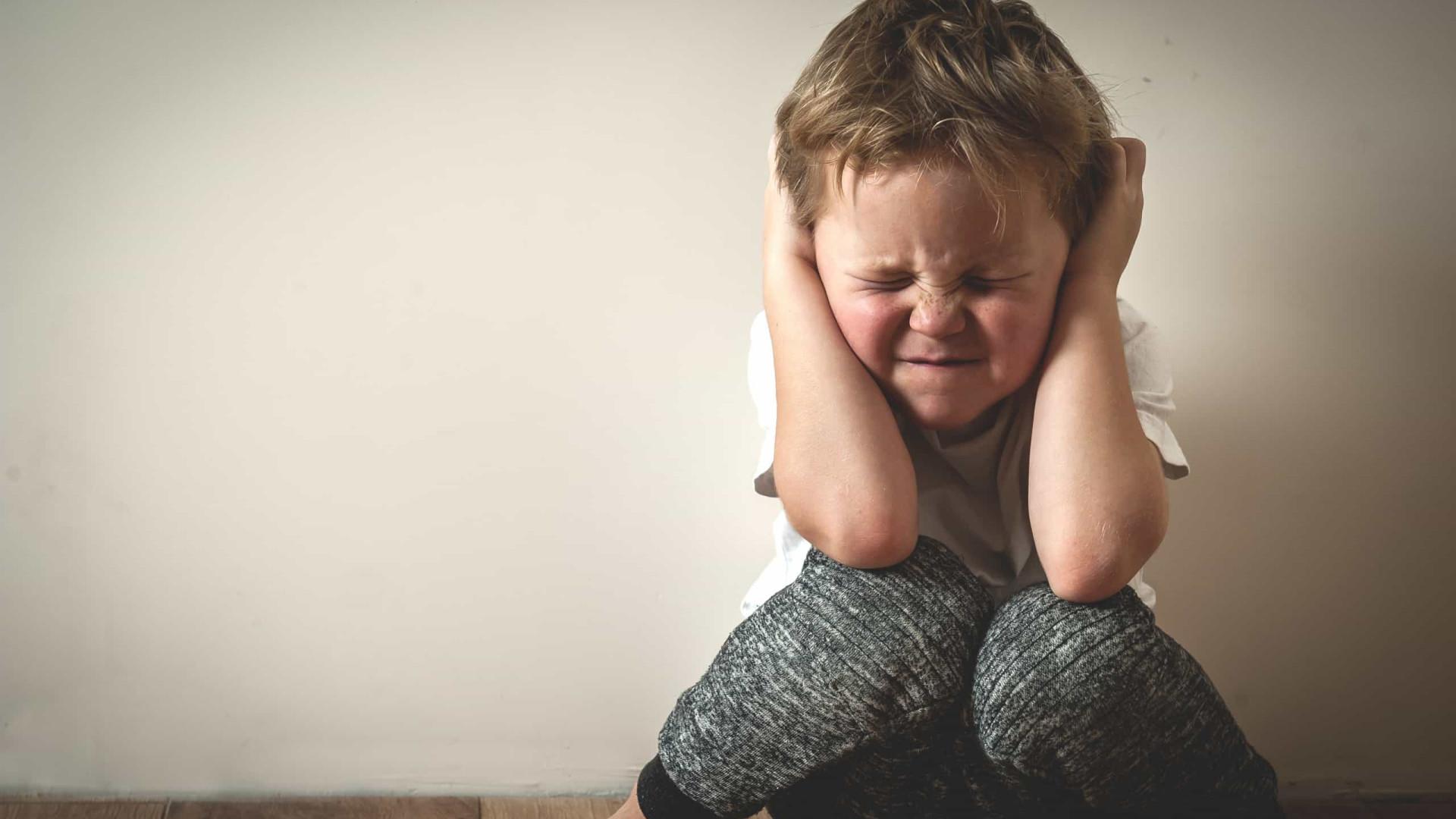 Sem escola, temor de pais é o peso do estresse nos filhos