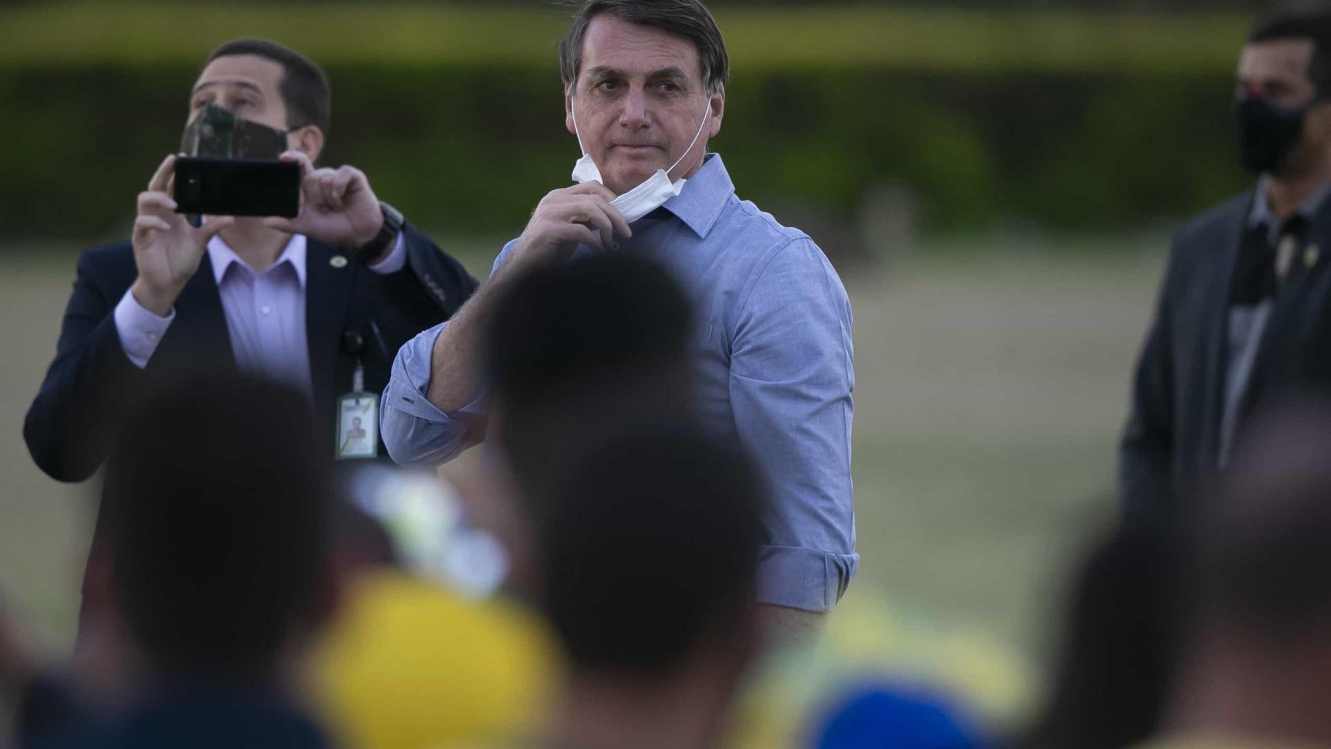 """Bispos católicos enviam carta contra Bolsonaro. """"Ódio e preconceito"""""""