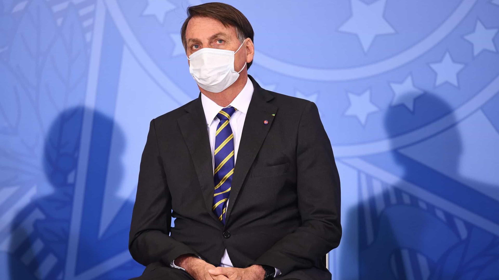 Bolsonaro: economia se recupera e saúde não; mas tem de fazer conta