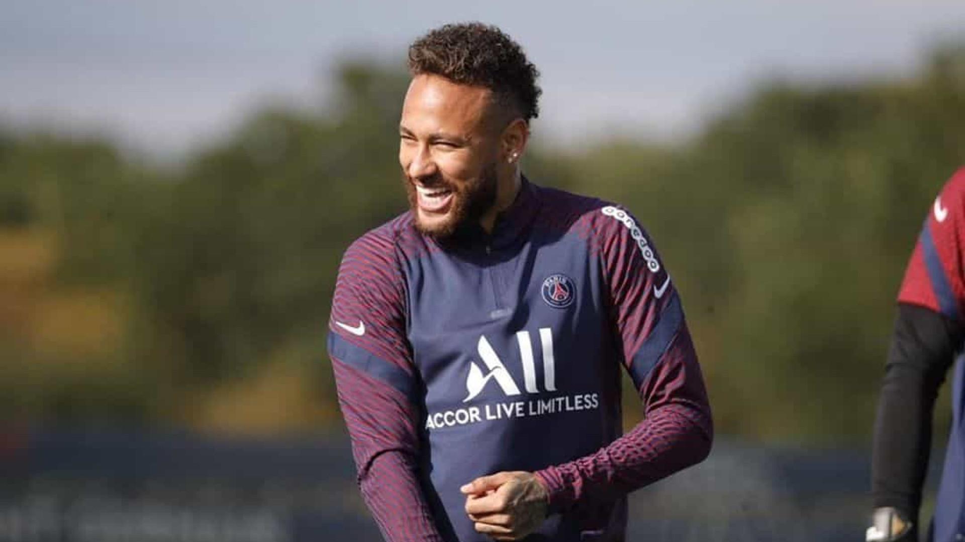 Neymar diz viver 'momento mais especial' no Paris Saint-Germain