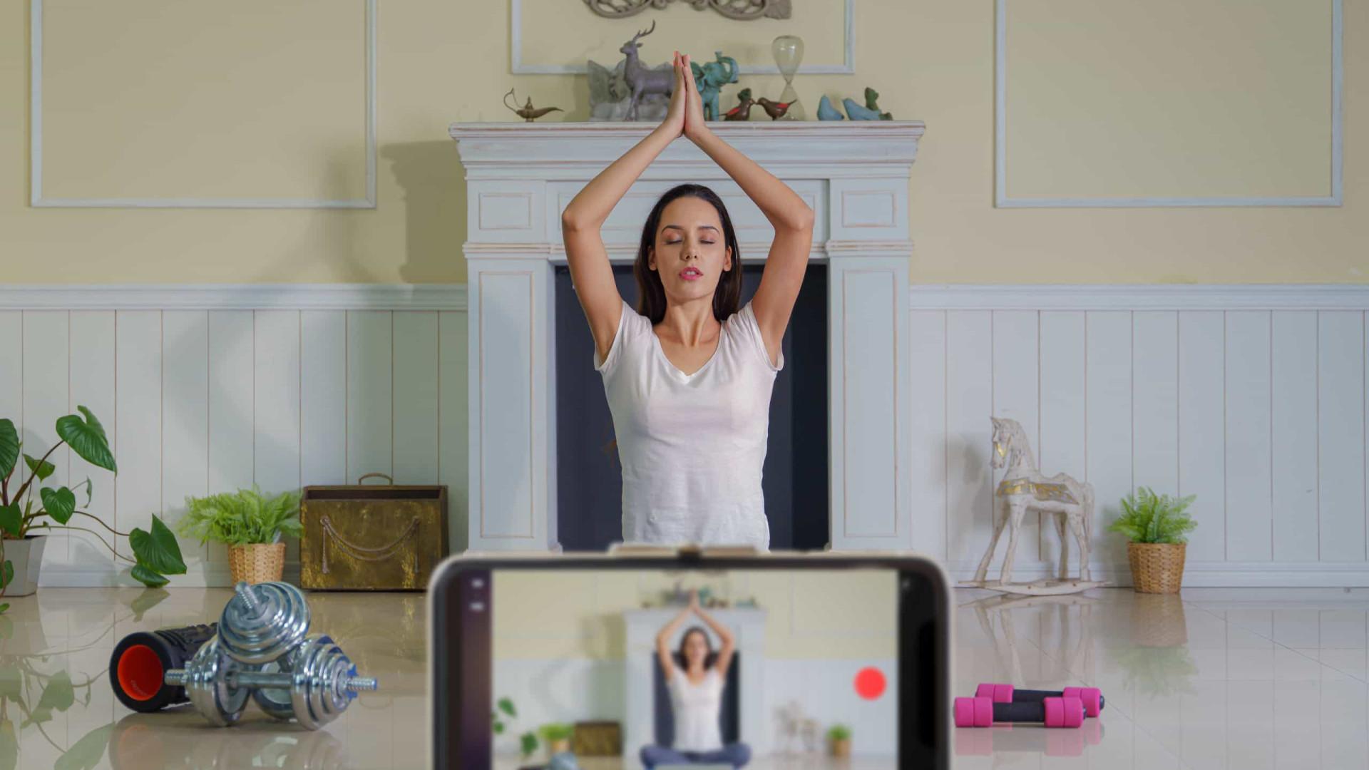 Especialista aponta cinco aplicativos para praticar ioga