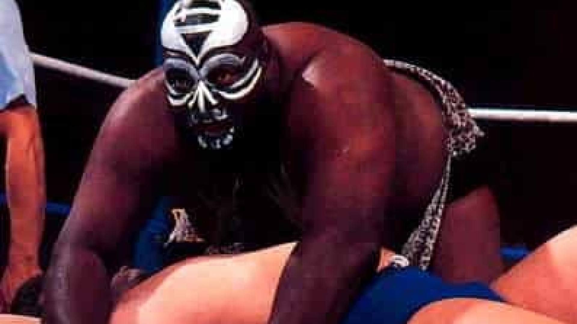 Ex-lutador da WWE morre aos 70 anos dias após diagnóstico de Covid