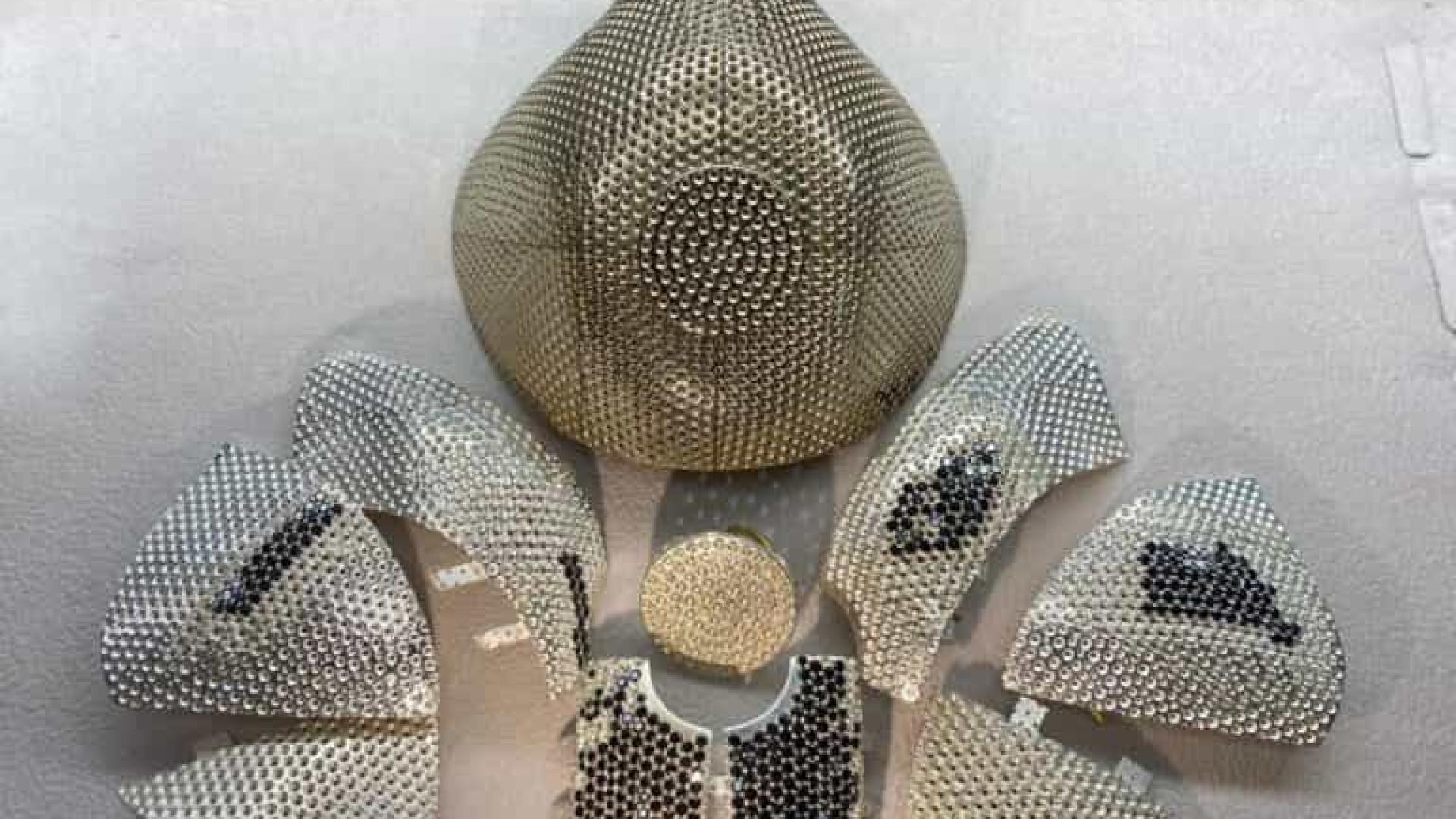 Máscara mais cara do mundo é de ouro, diamantes, e custa 8 milhões