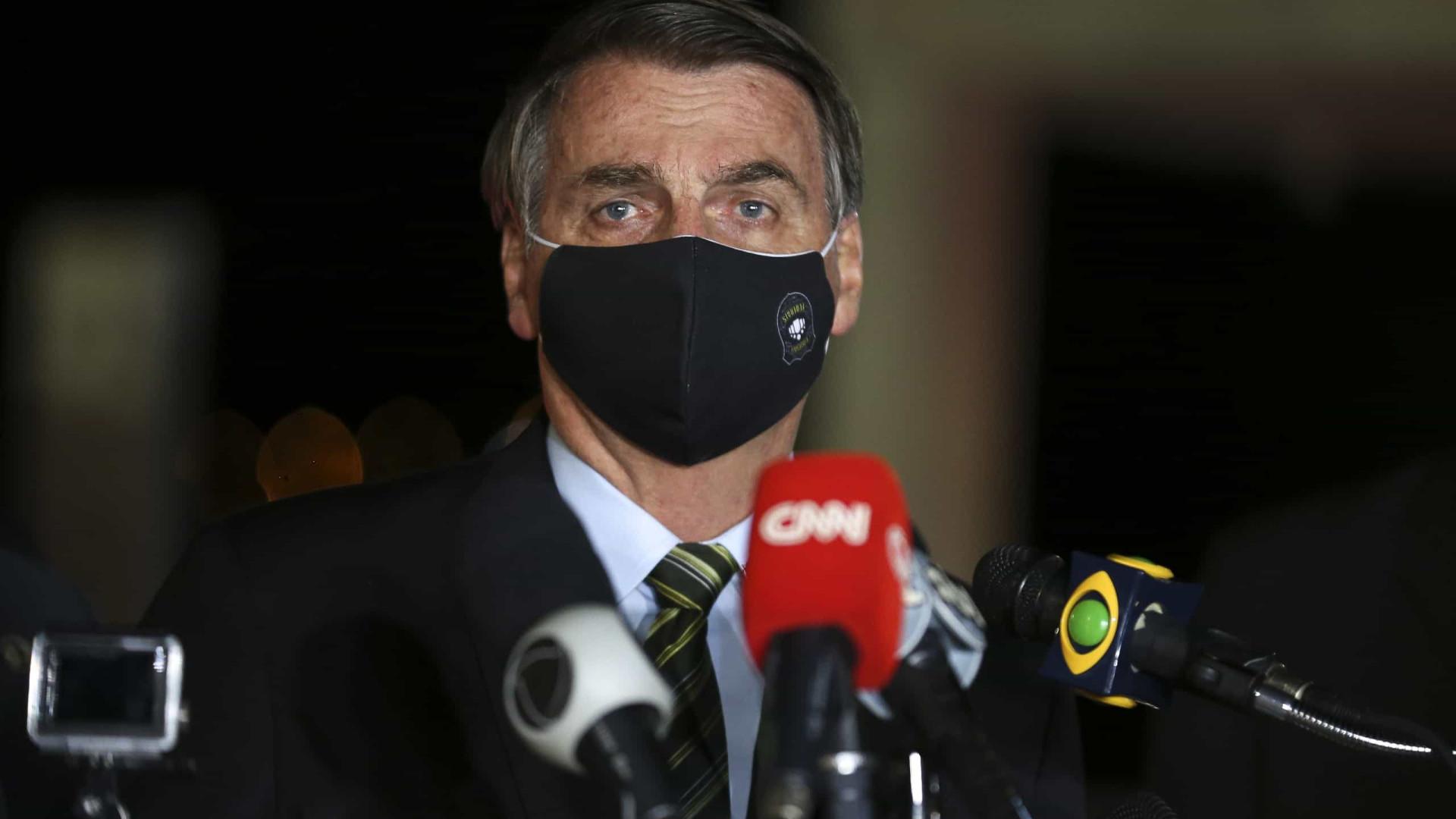 Bolsonaro afirma ser 'falta de caráter' o culparem pela soltura de líder do PCC