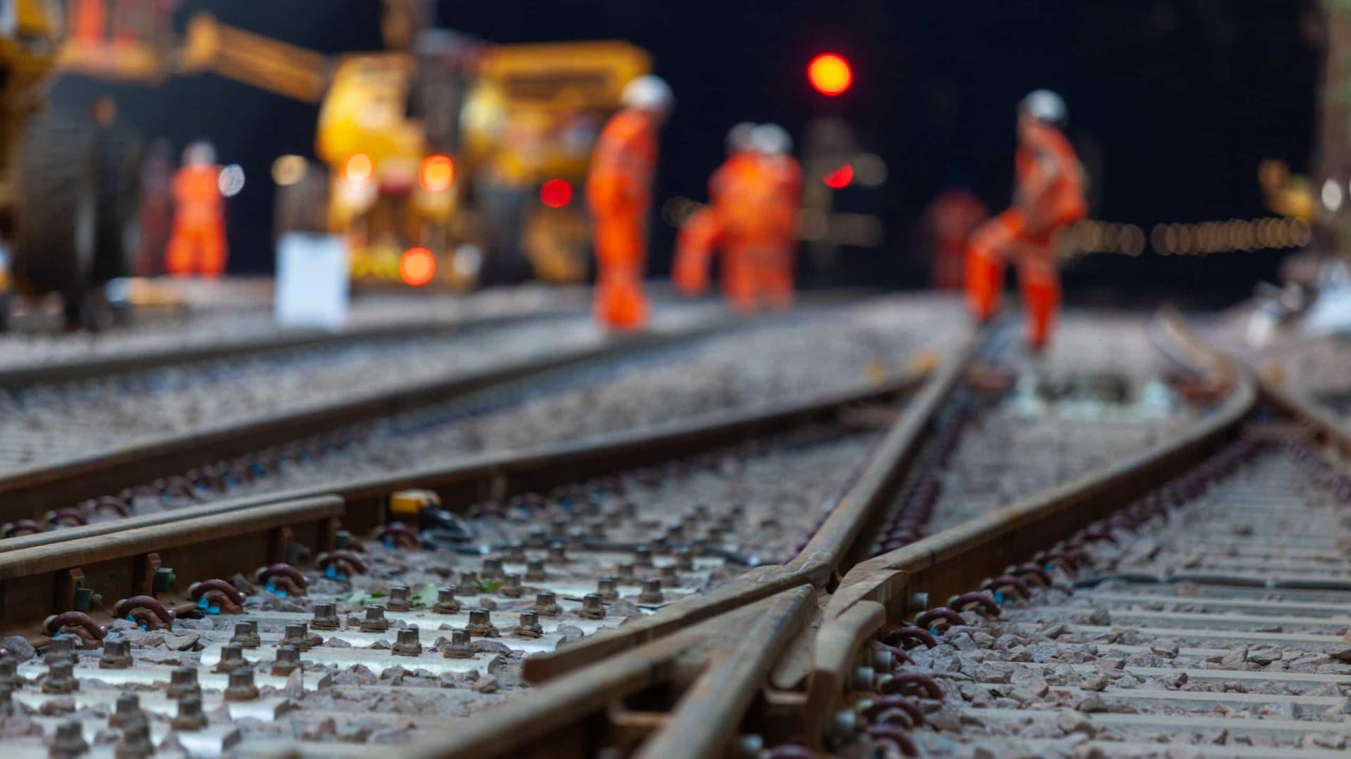 Ferrovia divide sul da Bahia entre empregos e impacto ambiental