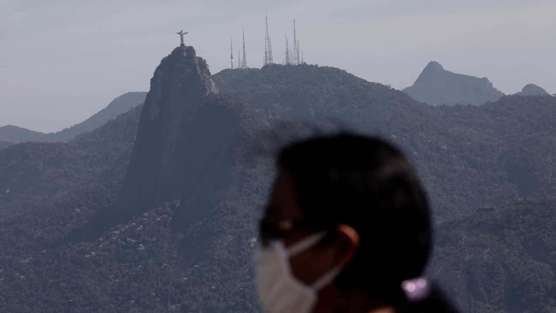 Leis no Rio preveem multas para quem não usar máscaras em locais públicos