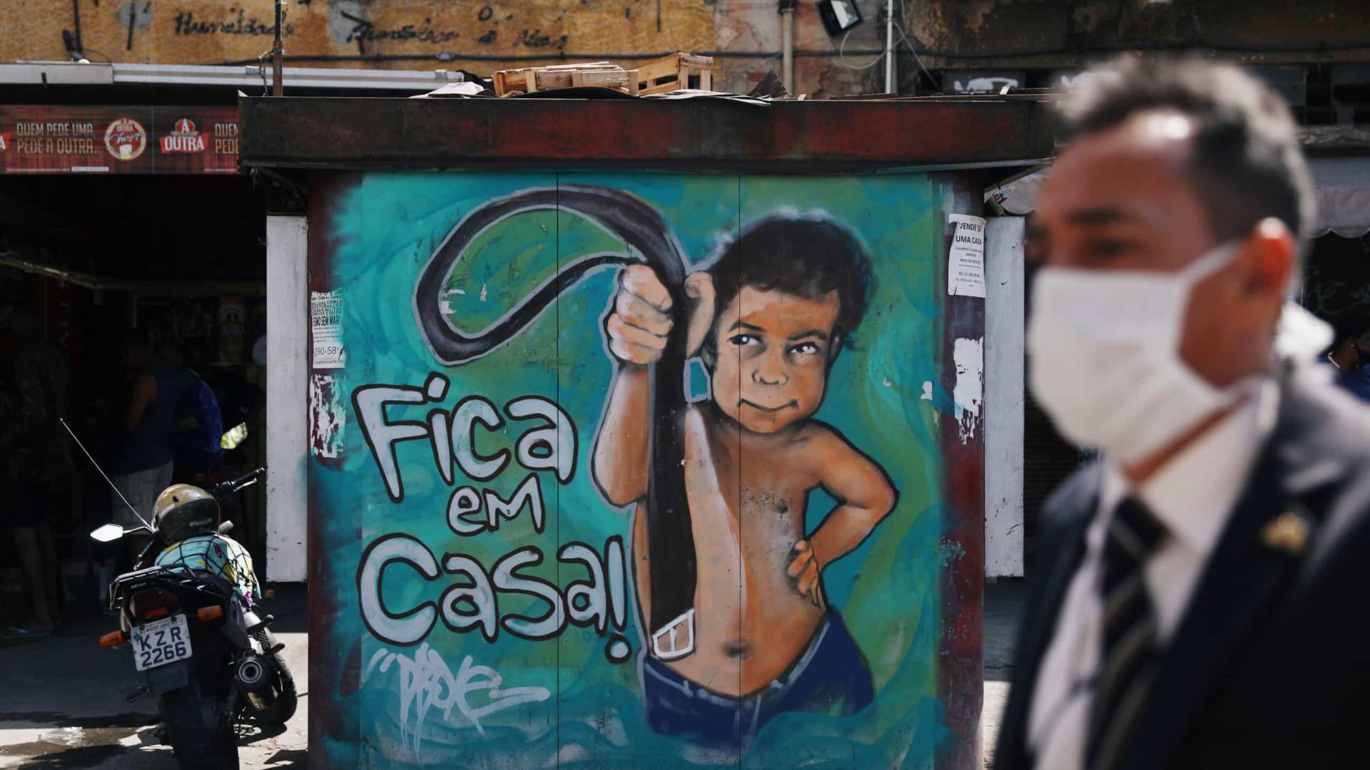 Brasil notifica mais 1.184 mortes e aproxima-se dos 4 milhões de casos