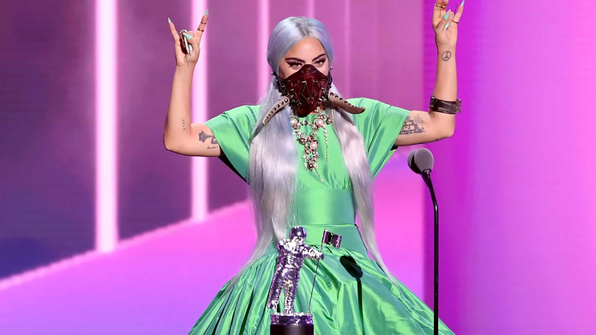 """Lady Gaga confessa: """"Odiava ser uma estrela. Sentia-me exausta"""""""