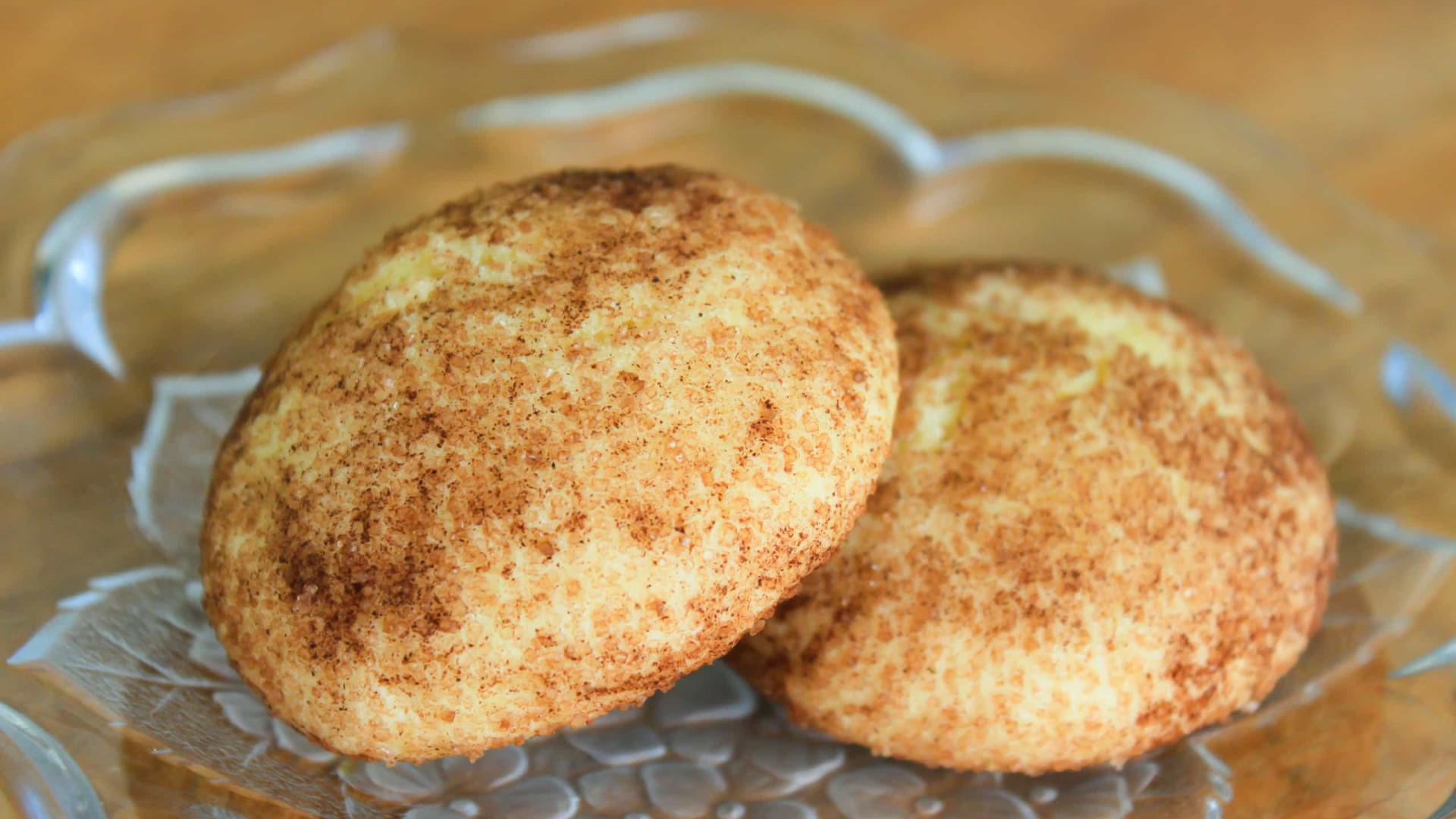 E que tal uns cookies de canela para o lanche? Receita fácil e saudável