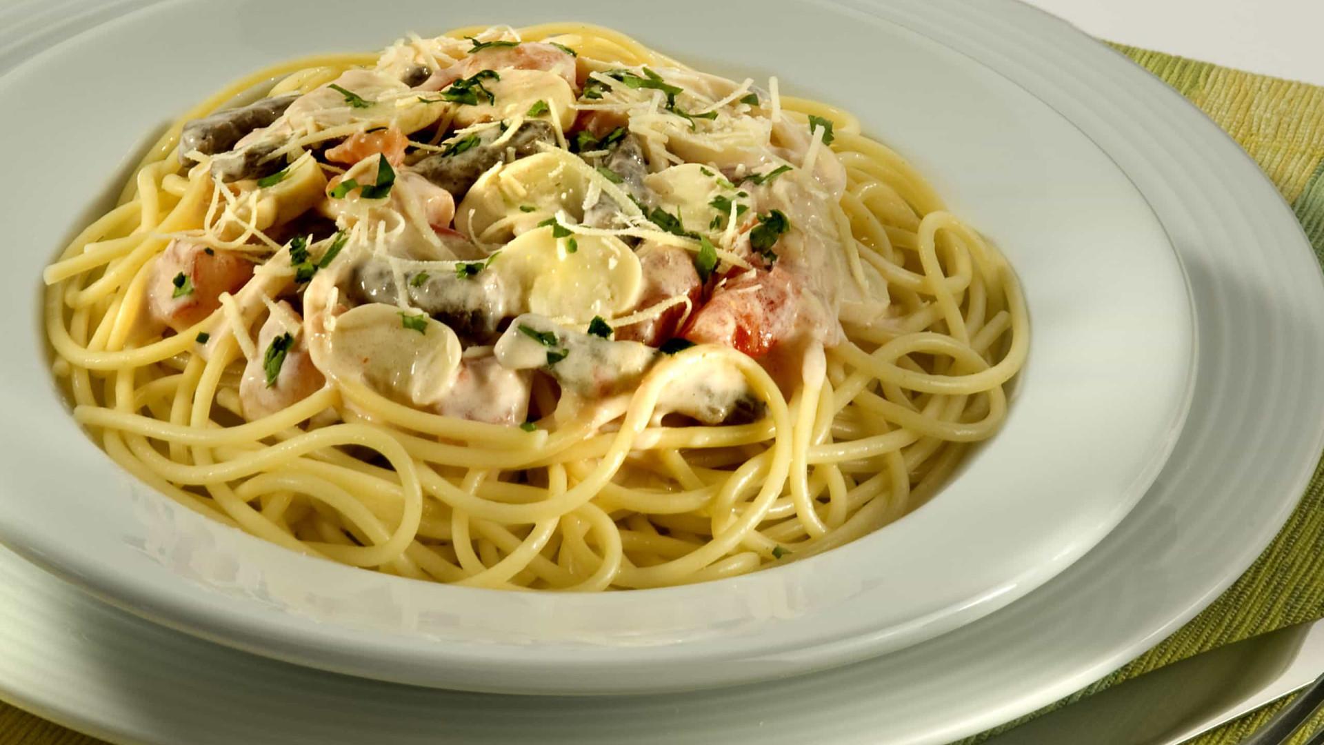 Aprenda a preparar um delicioso Espaguete ao Molho de Strogonoff
