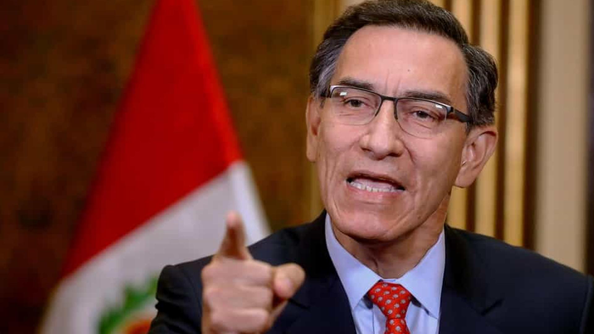 Congresso peruano rejeita impeachment de presidente