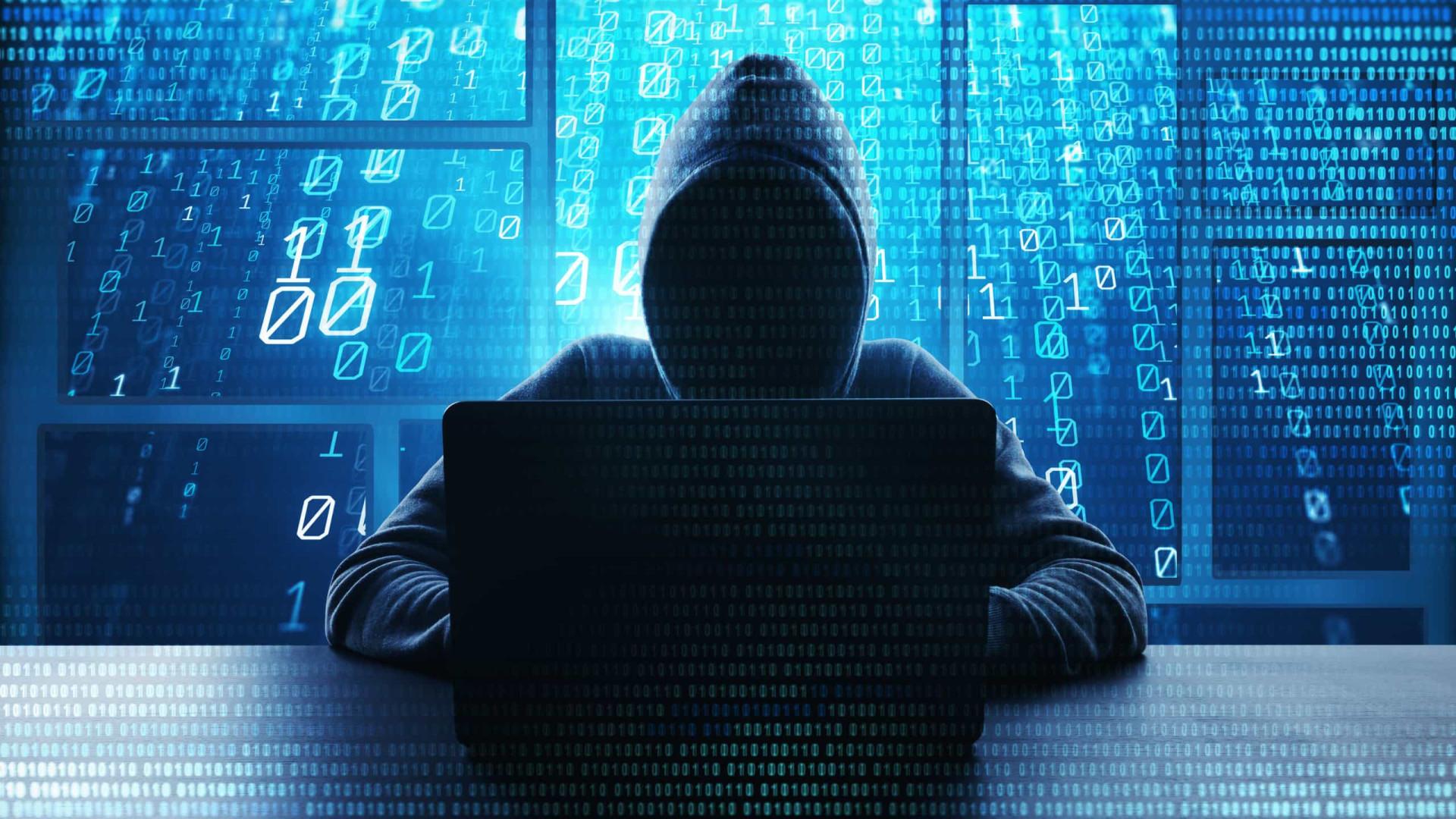 Na véspera da prisão, hacker indicou que poderia vazar dados do governo