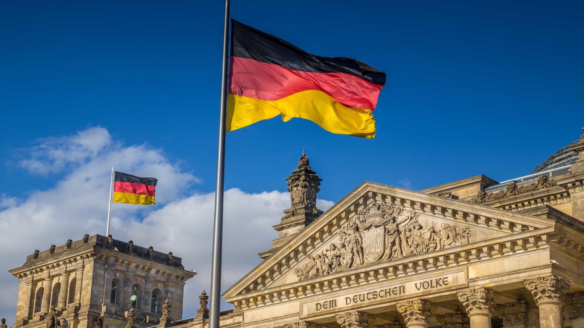 Alemanha vai adotar tratamento experimental usado por Trump
