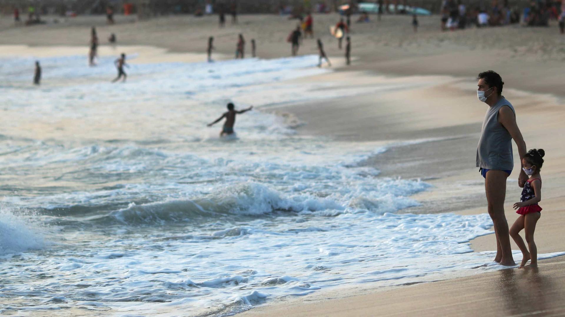 Raio mata menina de quatro anos em praia do Rio de Janeiro