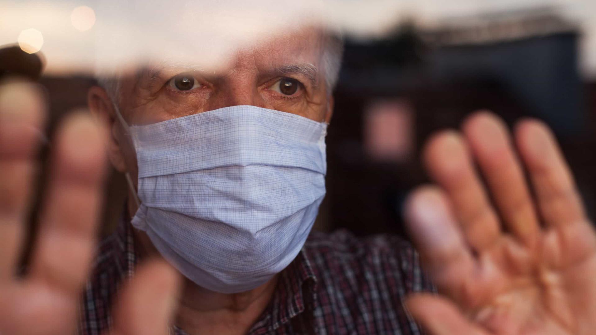 Brasil chega a 150 mil mortos sem estimar Covid