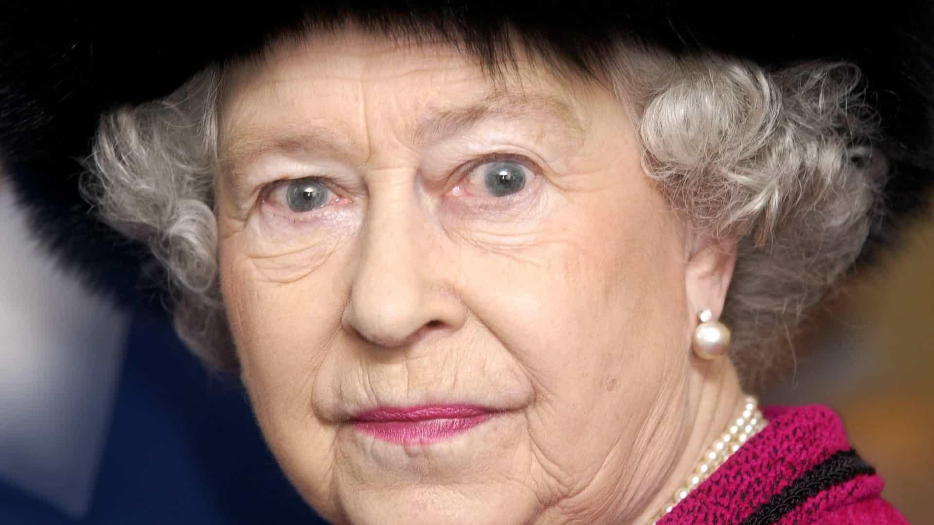 As mais bizarras teorias da conspiração sobre a rainha Elizabeth II