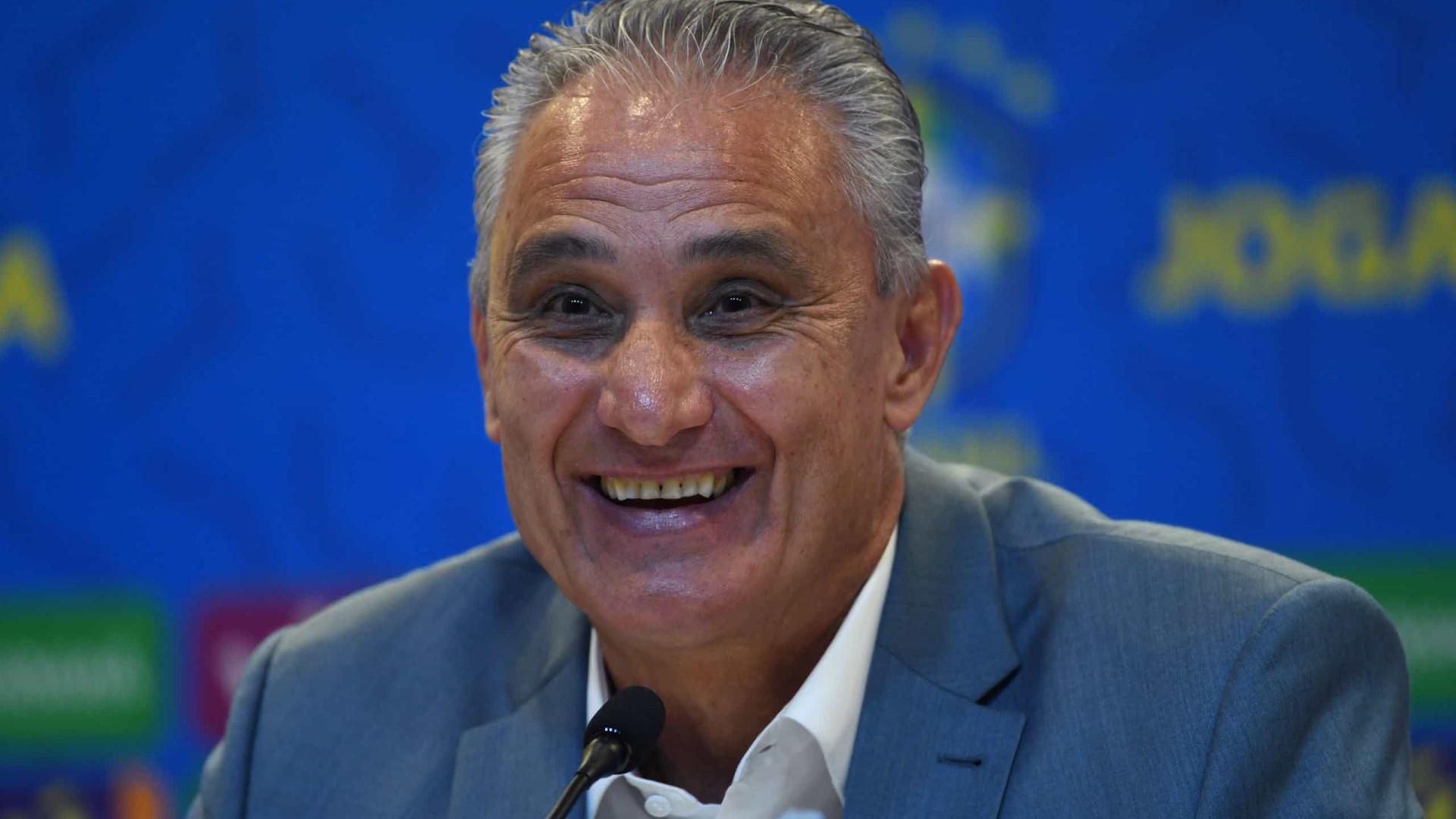 Bolsonaro nega que tenha pedido para tirar Tite do comando da seleção brasileira