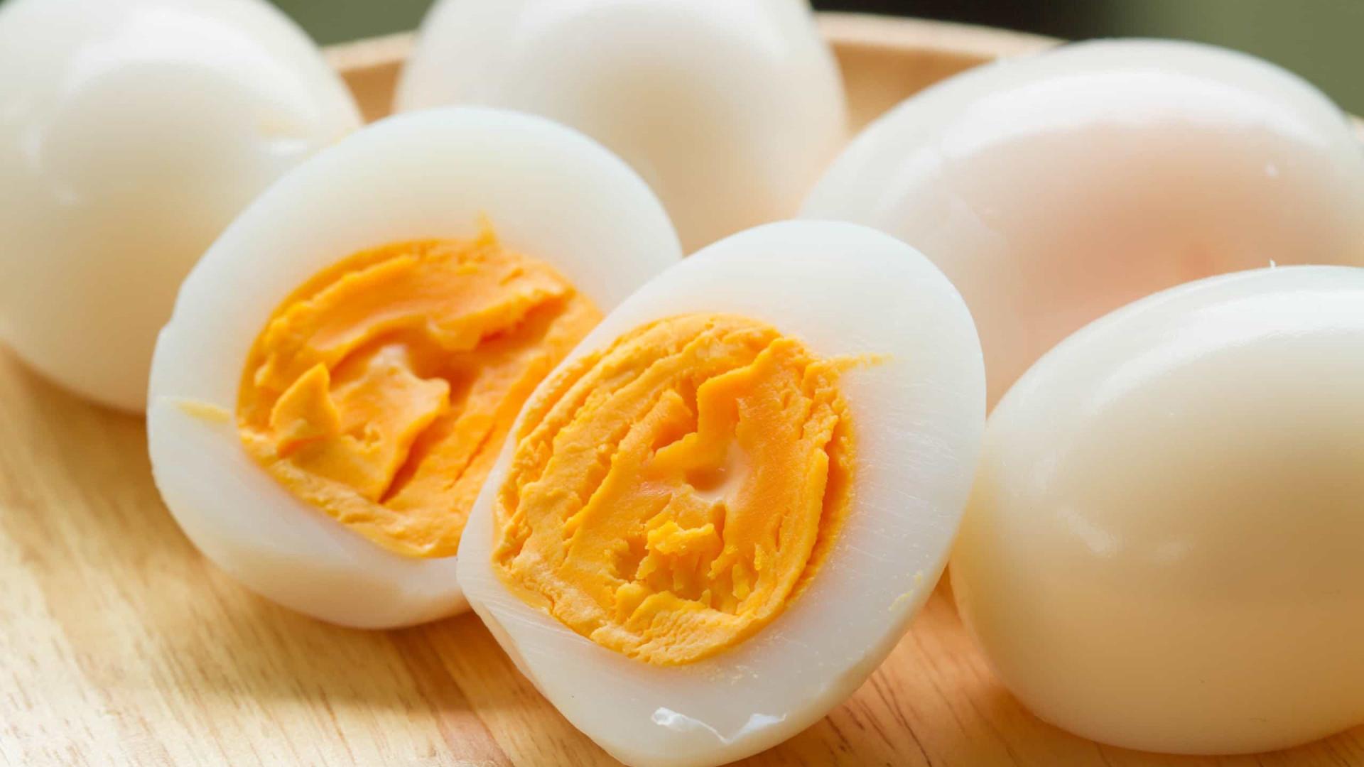 Quatro alimentos que jamais deve aquecer no micro-ondas (está proibido!)