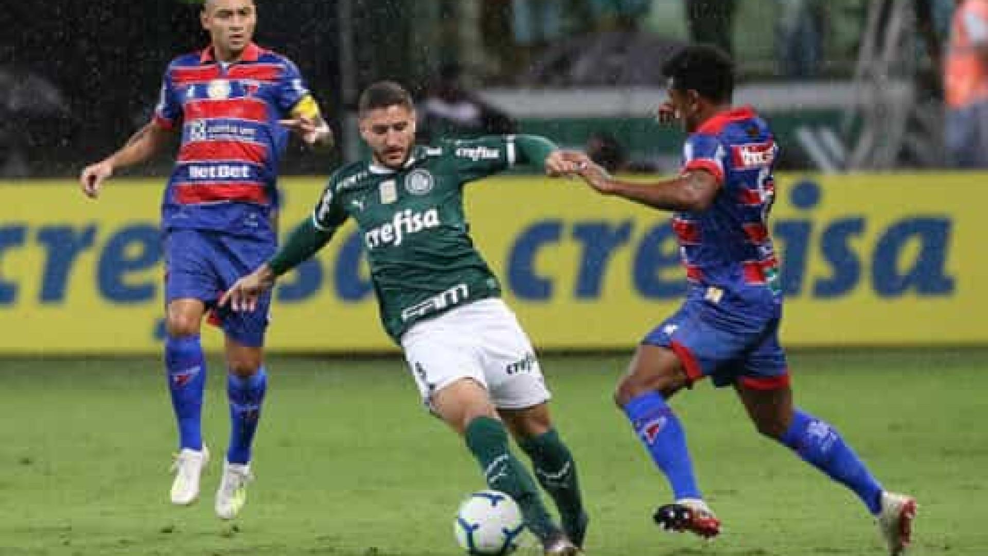 Ainda sem técnico, Palmeiras visita o Fortaleza para encerrar sequência negativa