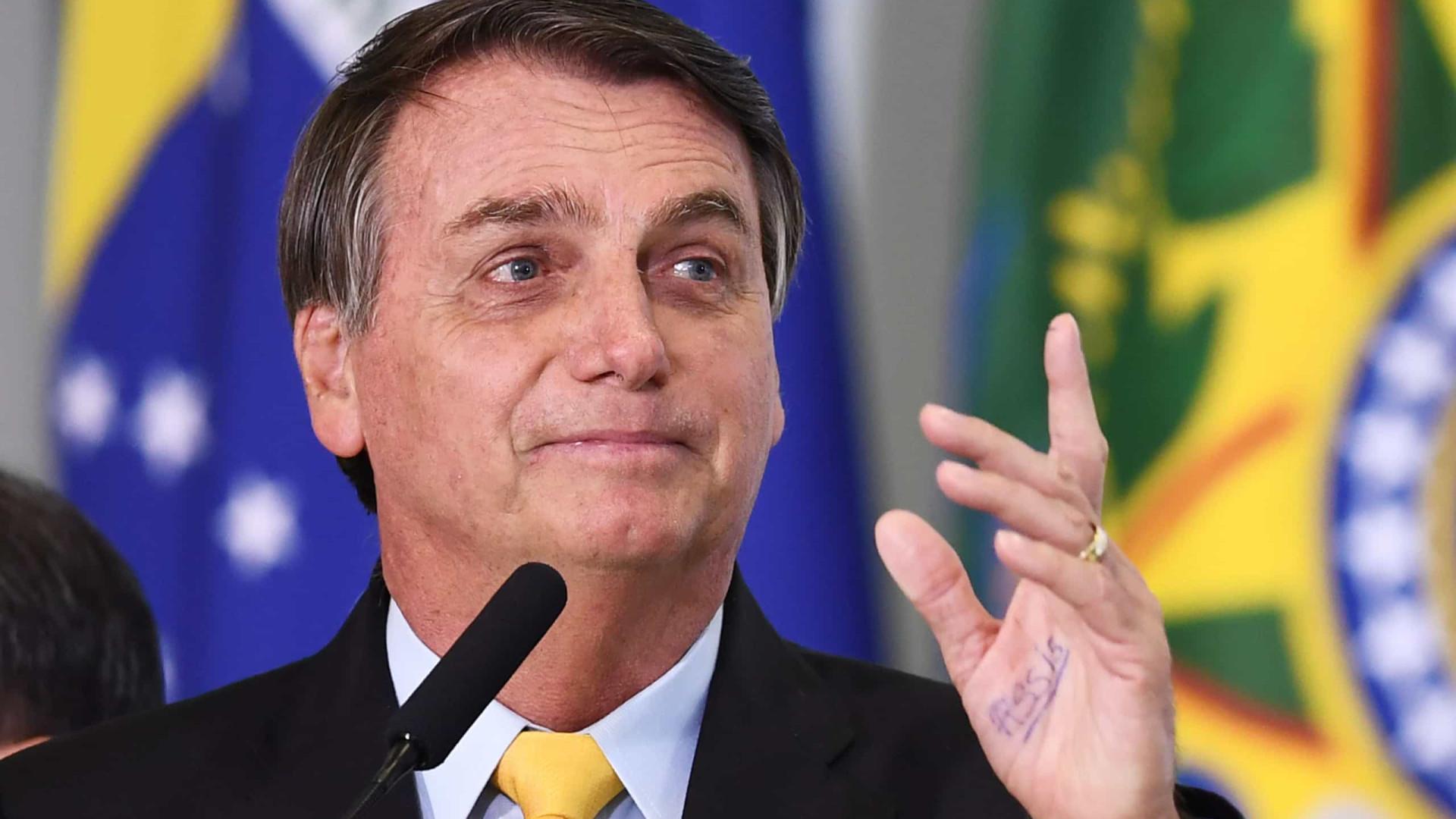 Governo Bolsonaro quer acabar com aumento real de piso salarial de professor