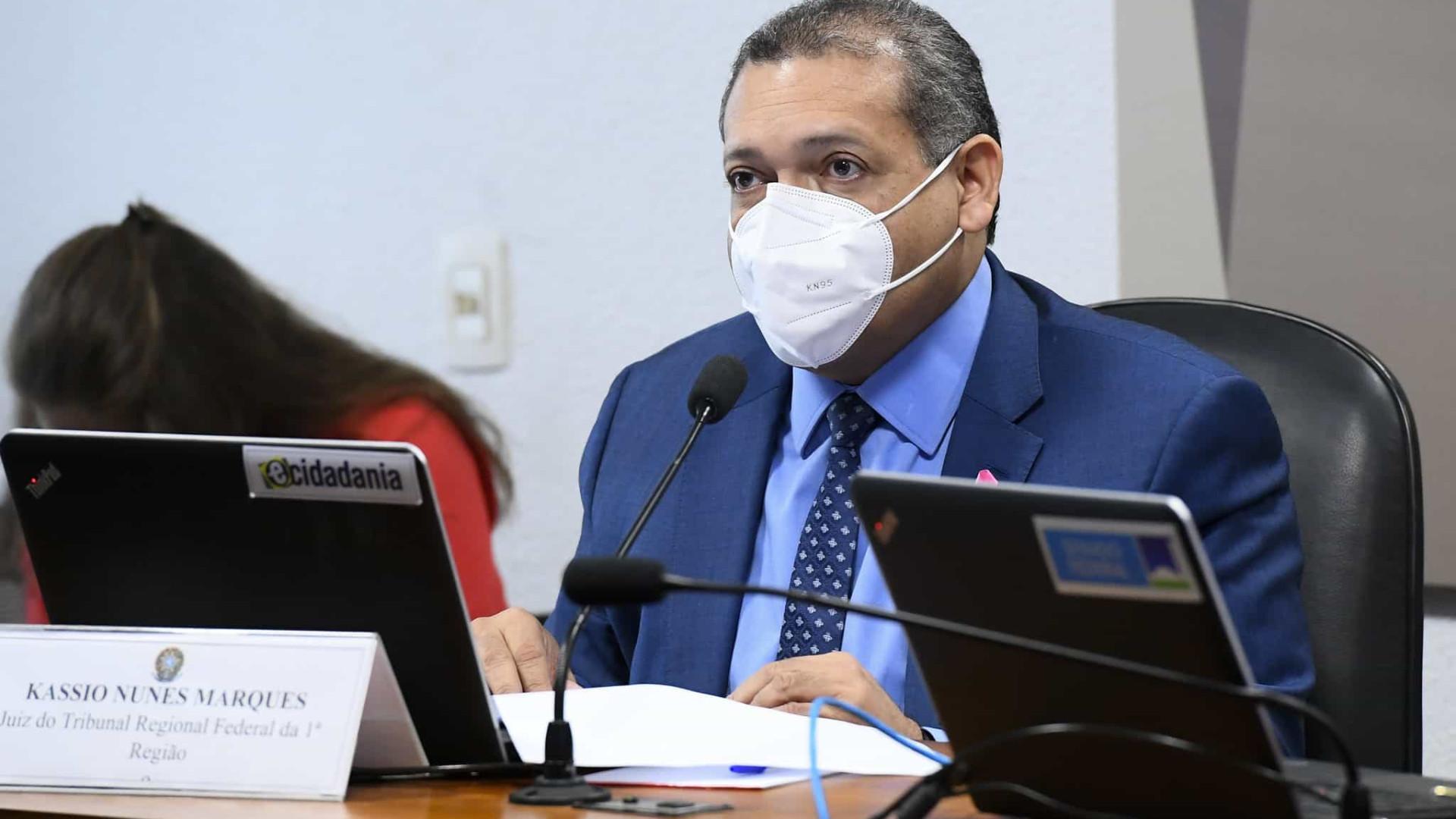 Kassio Nunes foi excluído de nota pró-urna eletrônica por nunca ter integrado TSE